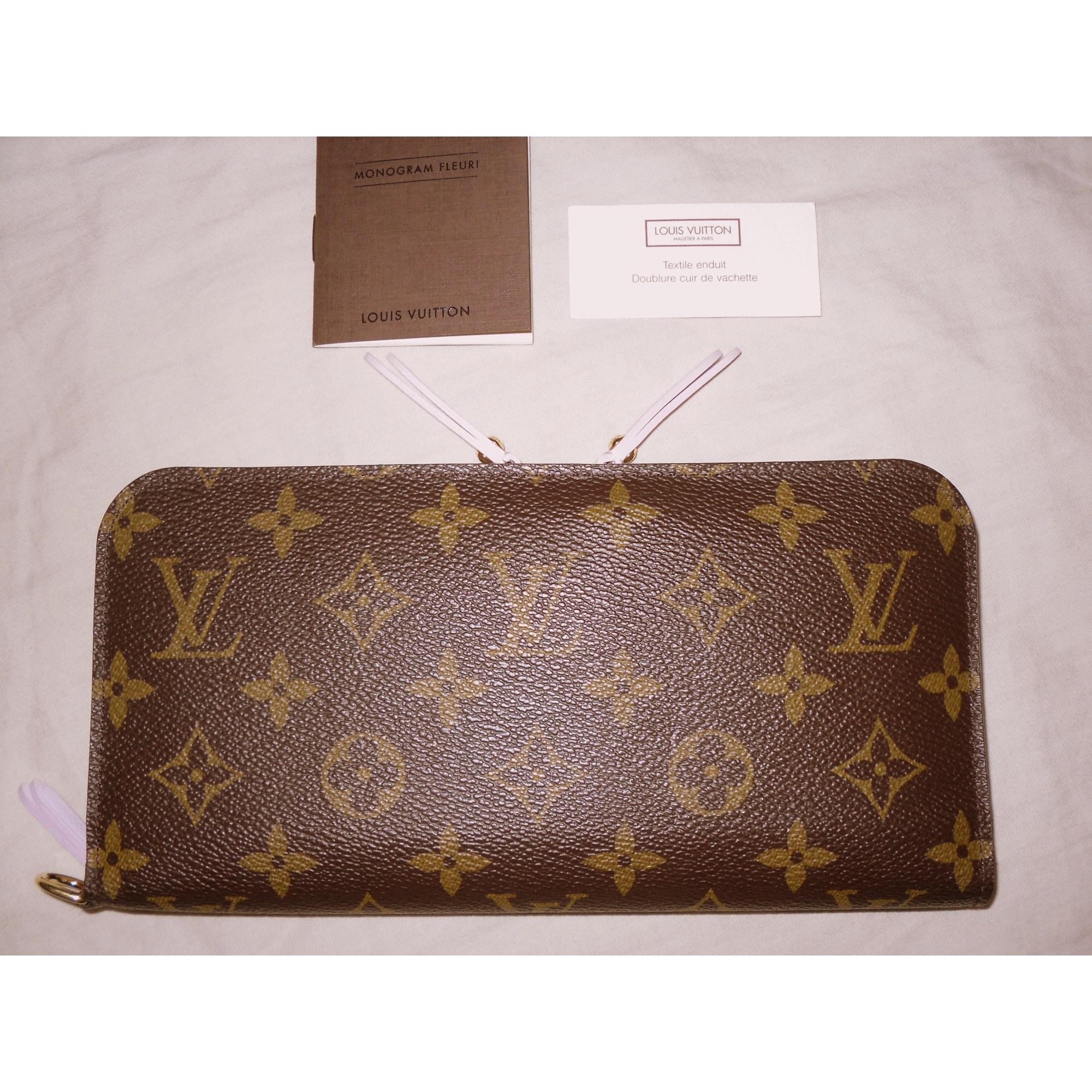 Portefeuille LOUIS VUITTON monogram vendu par Shopname123840 - 529239 a1ed0931f85