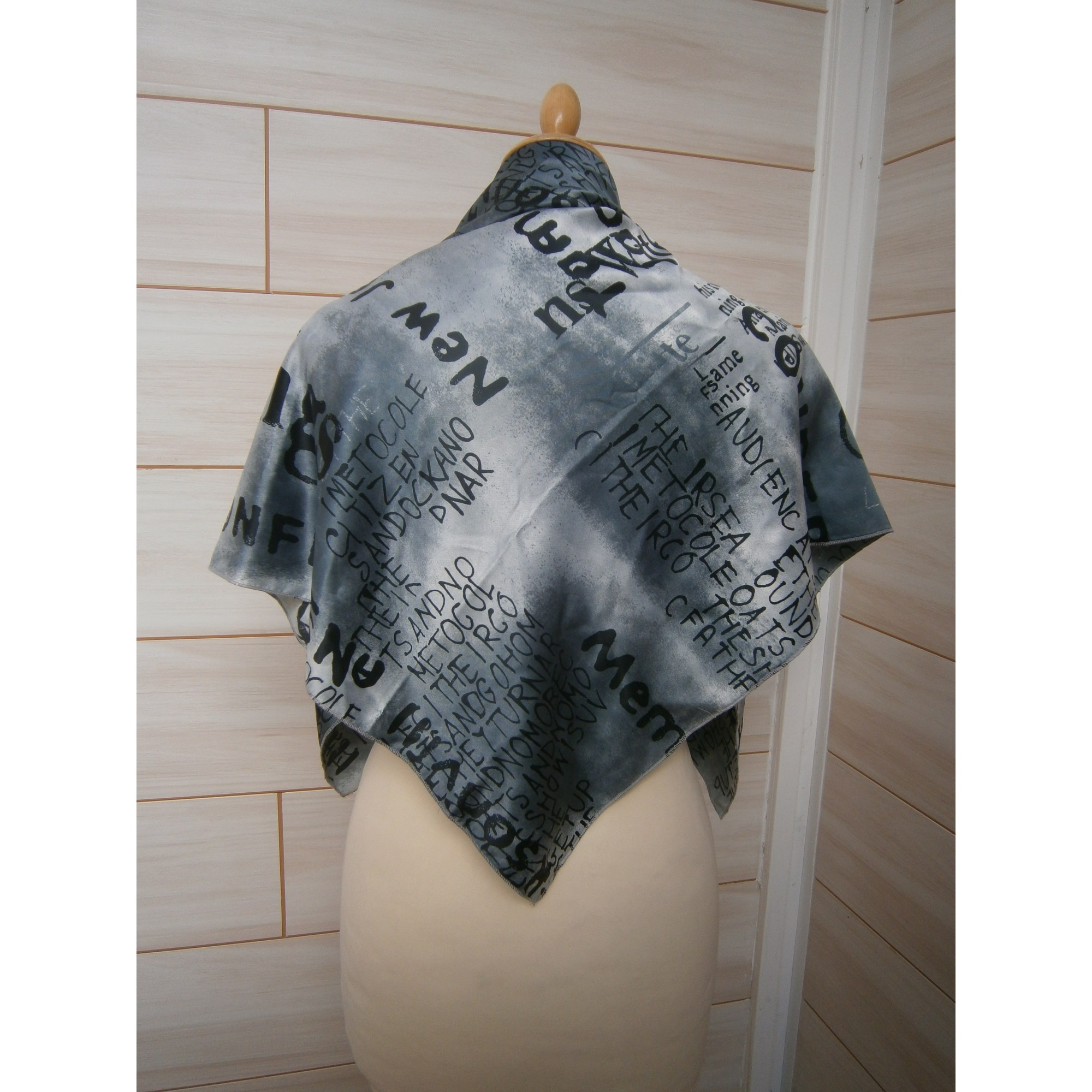 Foulard MADE IN FRANCE Gris, anthracite a32f469d0fa