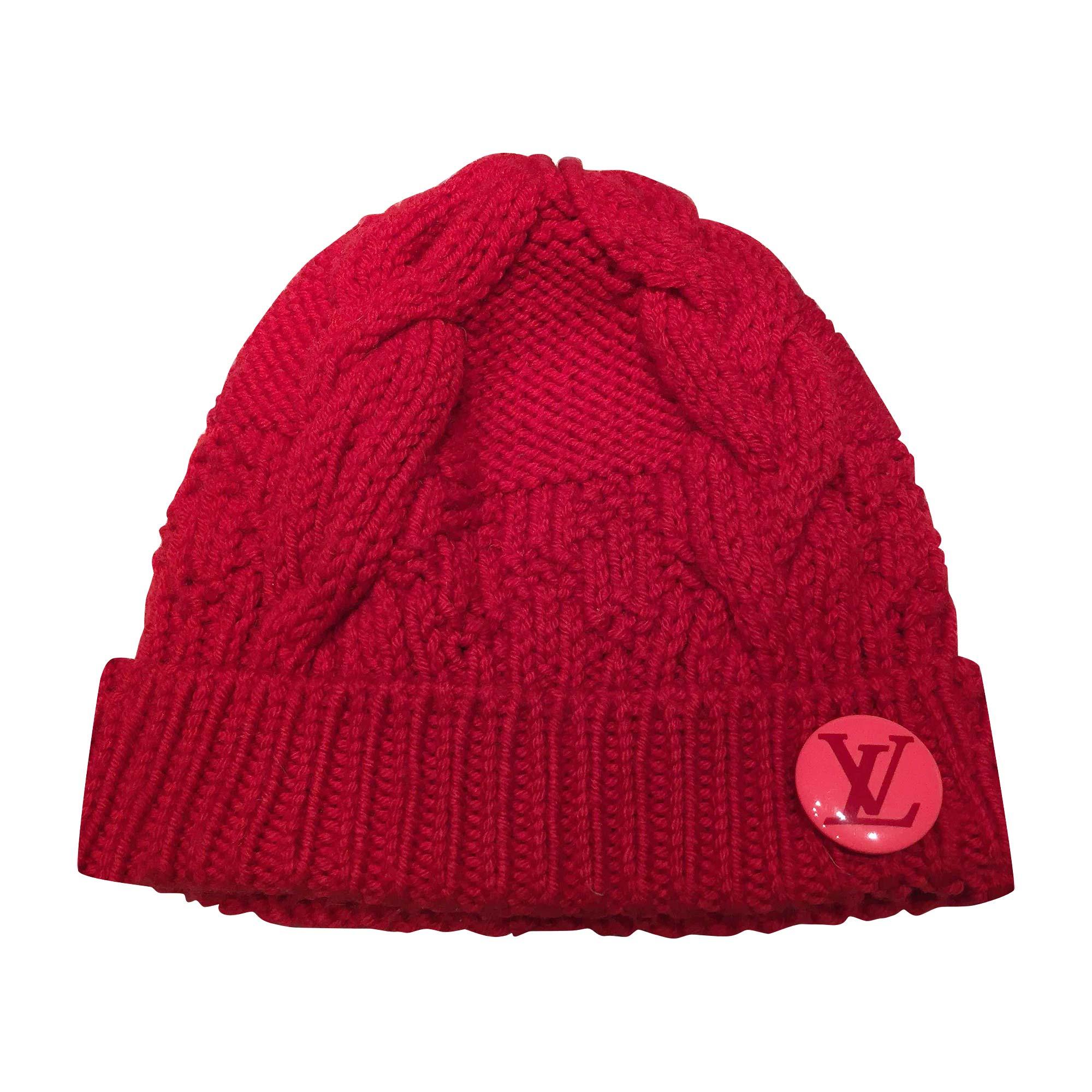 f8baf2453146 Bonnet LOUIS VUITTON Taille unique rouge vendu par ...