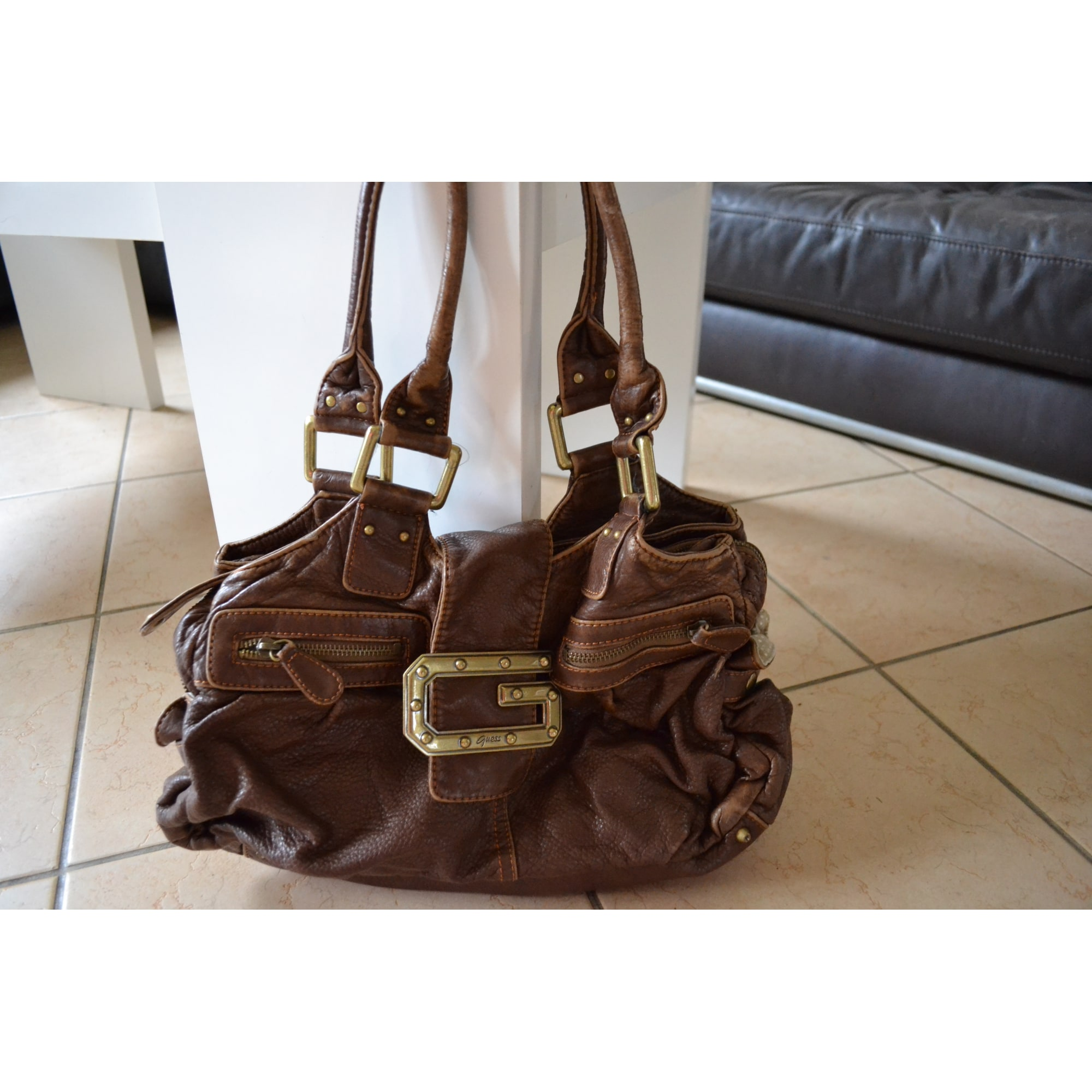 2ef4e6a44f Sac à main en cuir GUESS marron - 5641255