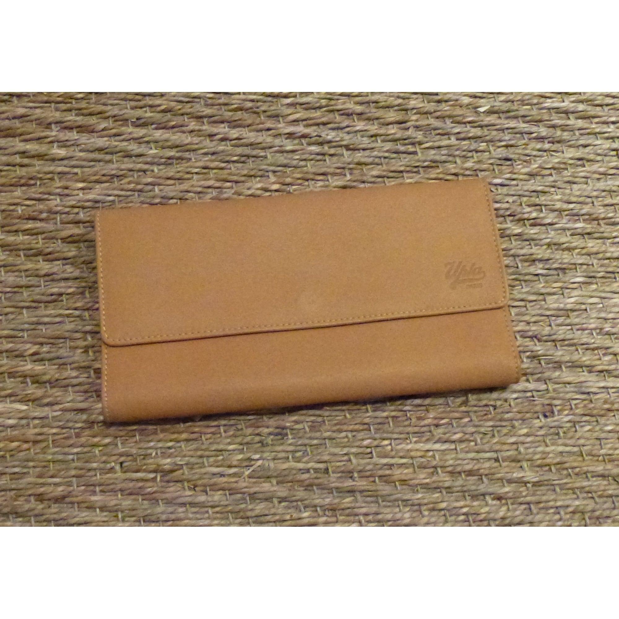 Portefeuille UPLA beige vendu par Shopping girl 7 - 5642262 901d2182b6c