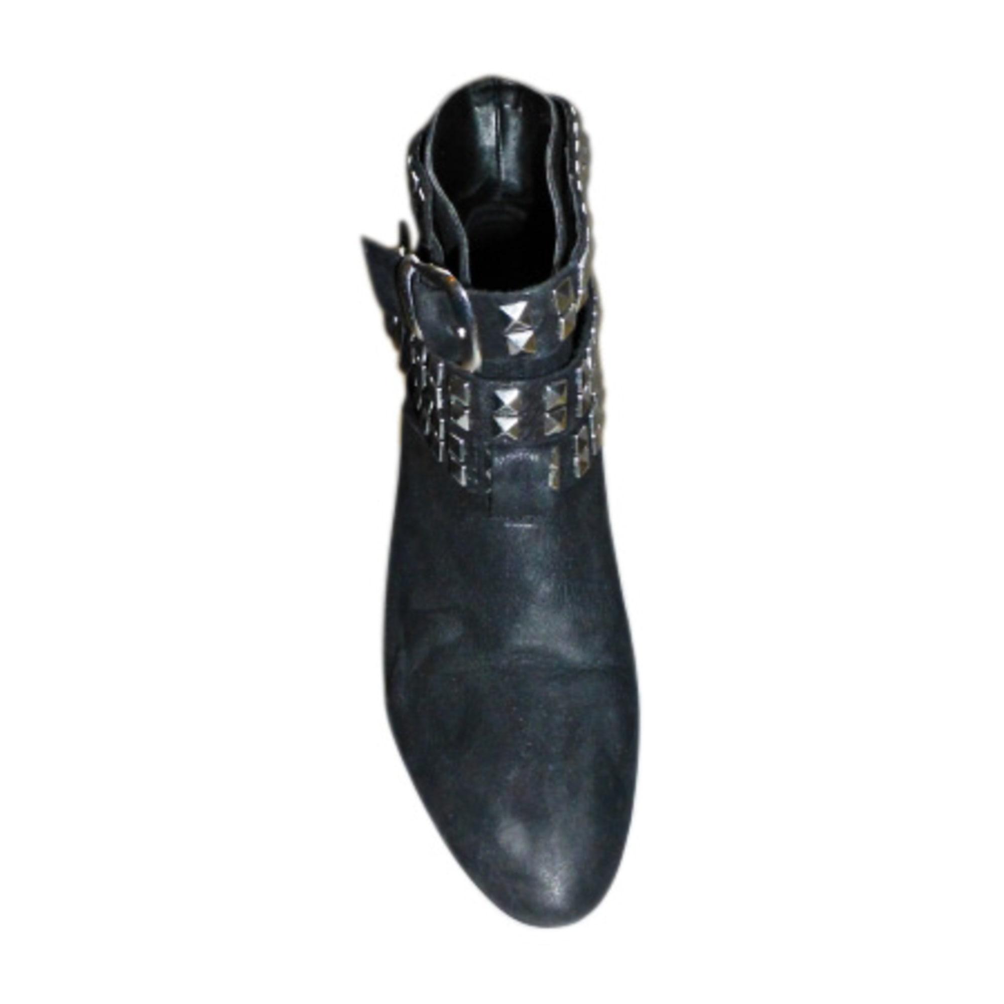 Risultati della ricerca per Stivali donna Pelle Twenga