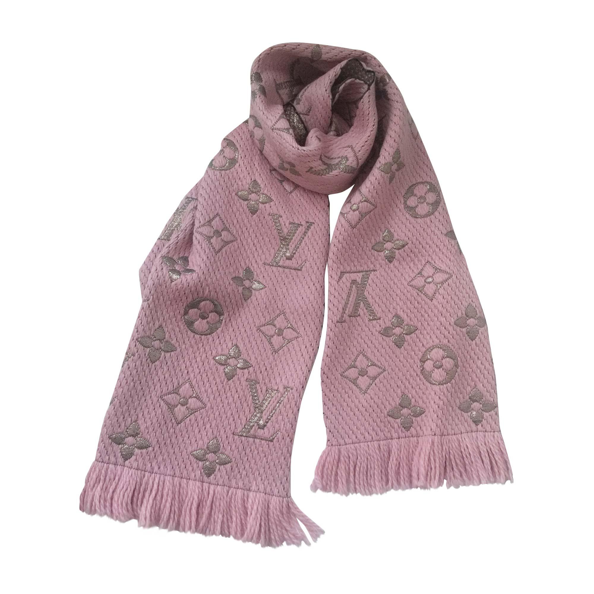 f857828a6d1 Echarpe LOUIS VUITTON rose vendu par Sophie27 - 5900884