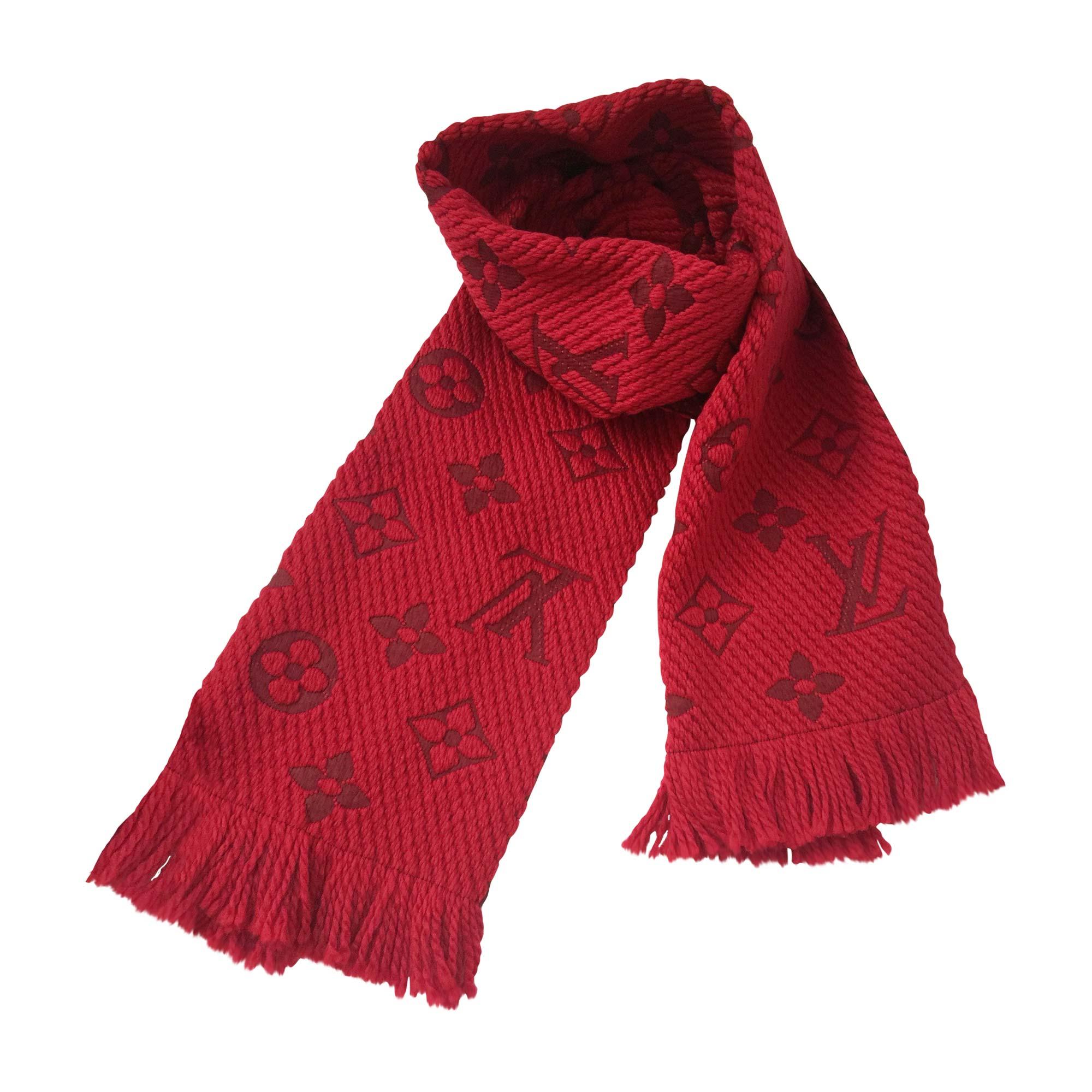 Echarpe LOUIS VUITTON rouge vendu par Sophie27 - 5904468 f3d08090474