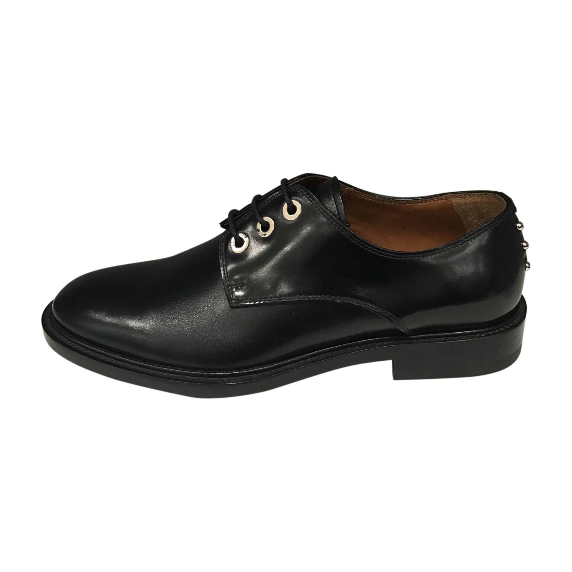 Chaussures à lacets GIVENCHY Noir