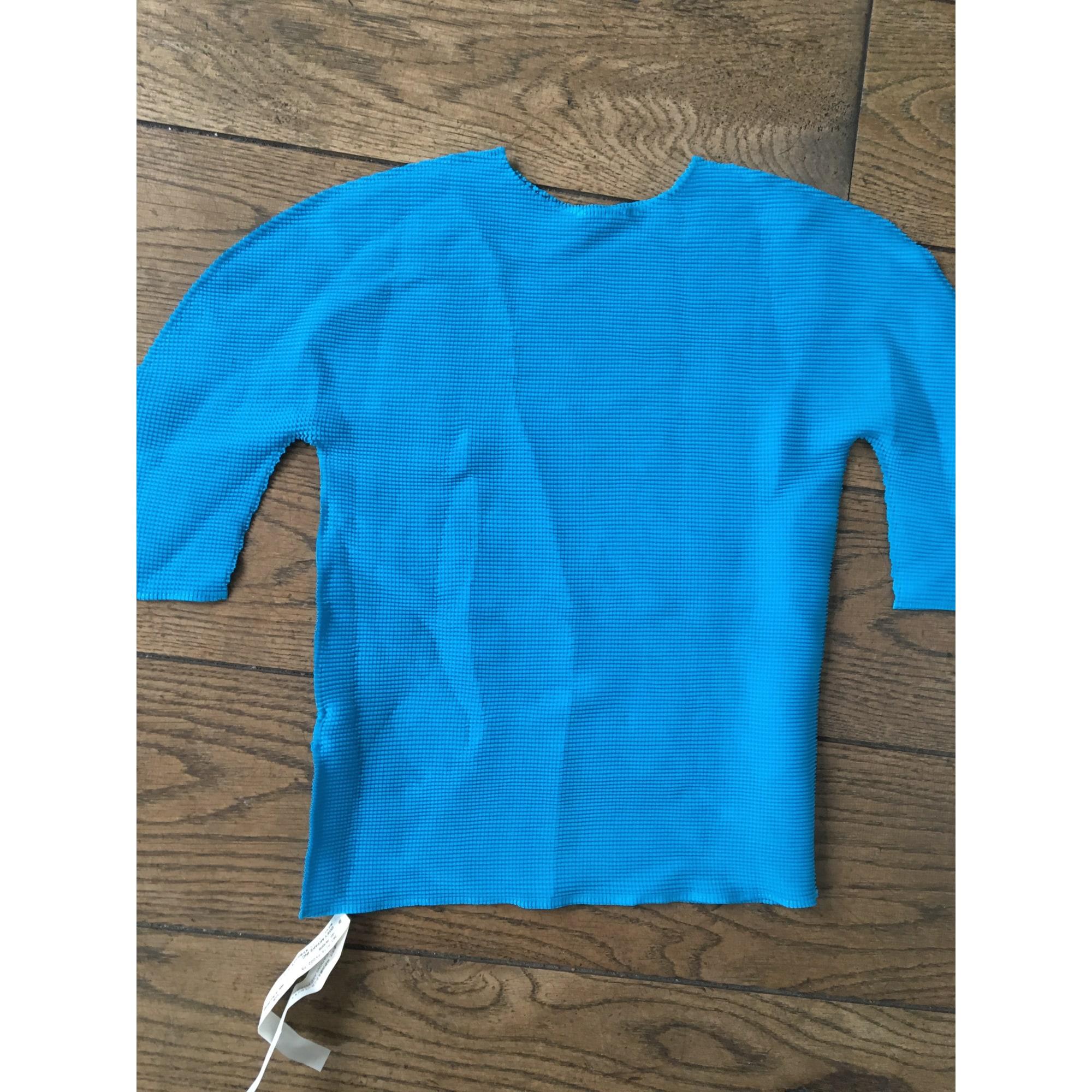 Top, tee-shirt ISSEY MIYAKE Bleu, bleu marine, bleu turquoise