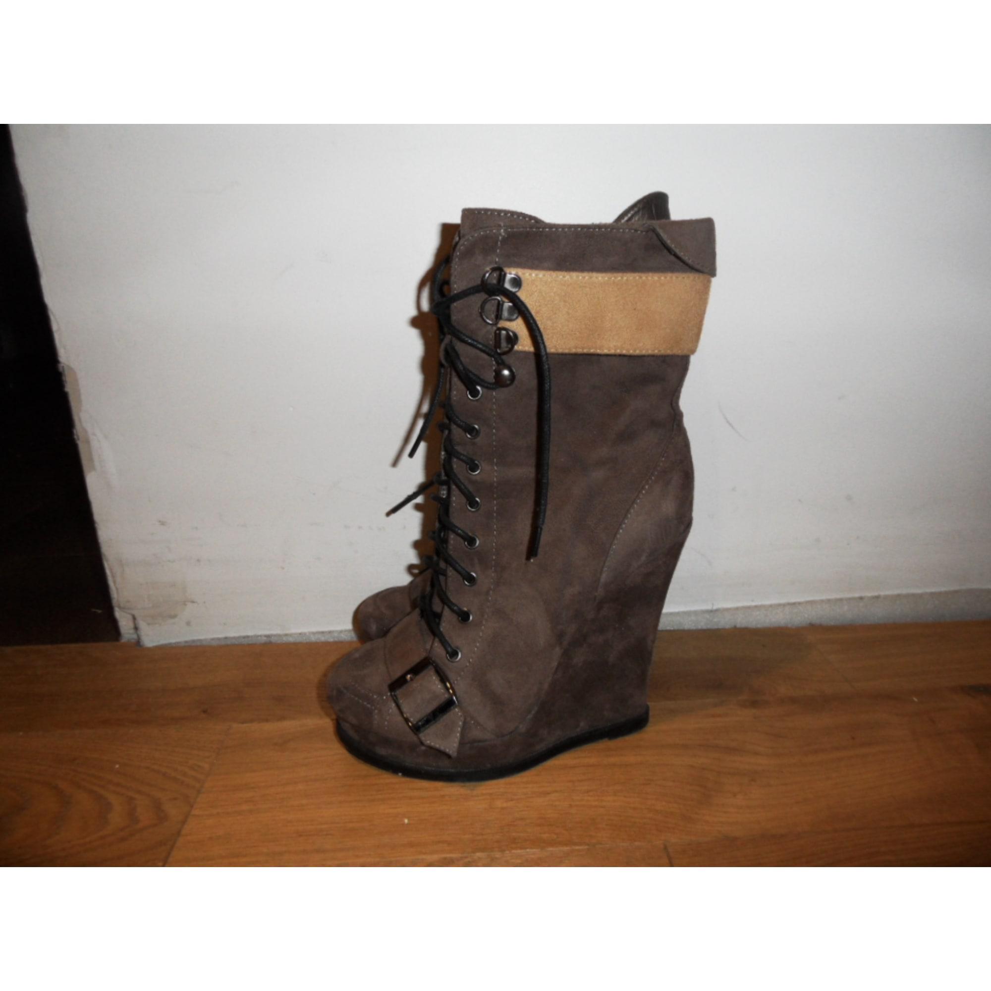 b44b1d7e6cca4 Bottines   low boots à compensés MODATOI 38 beige - 625278
