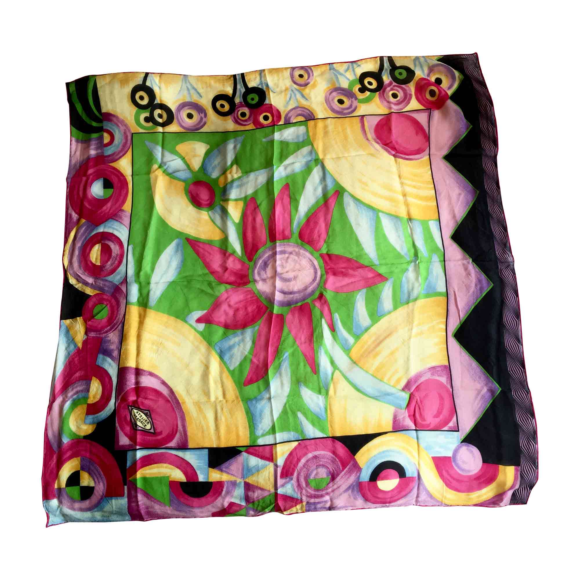 33545001a3d6 Foulard VERSACE noir - rose - vert - jaune - bleu - 6551294
