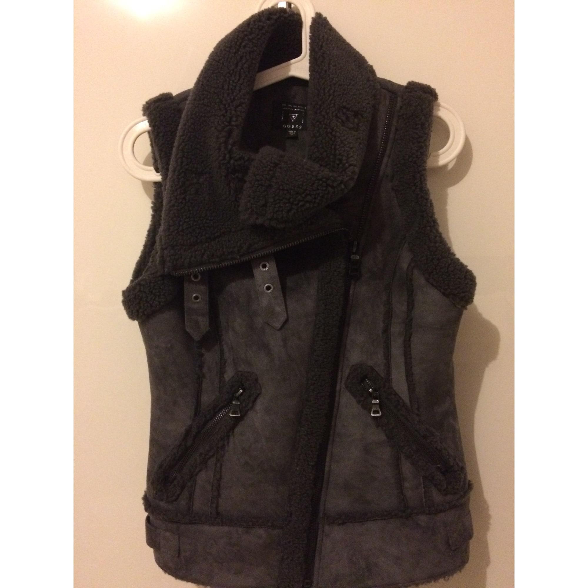 Gilet sans manches en fourrure GUESS 34 (XS, T0) gris vendu par Song ... 2da68560d7d