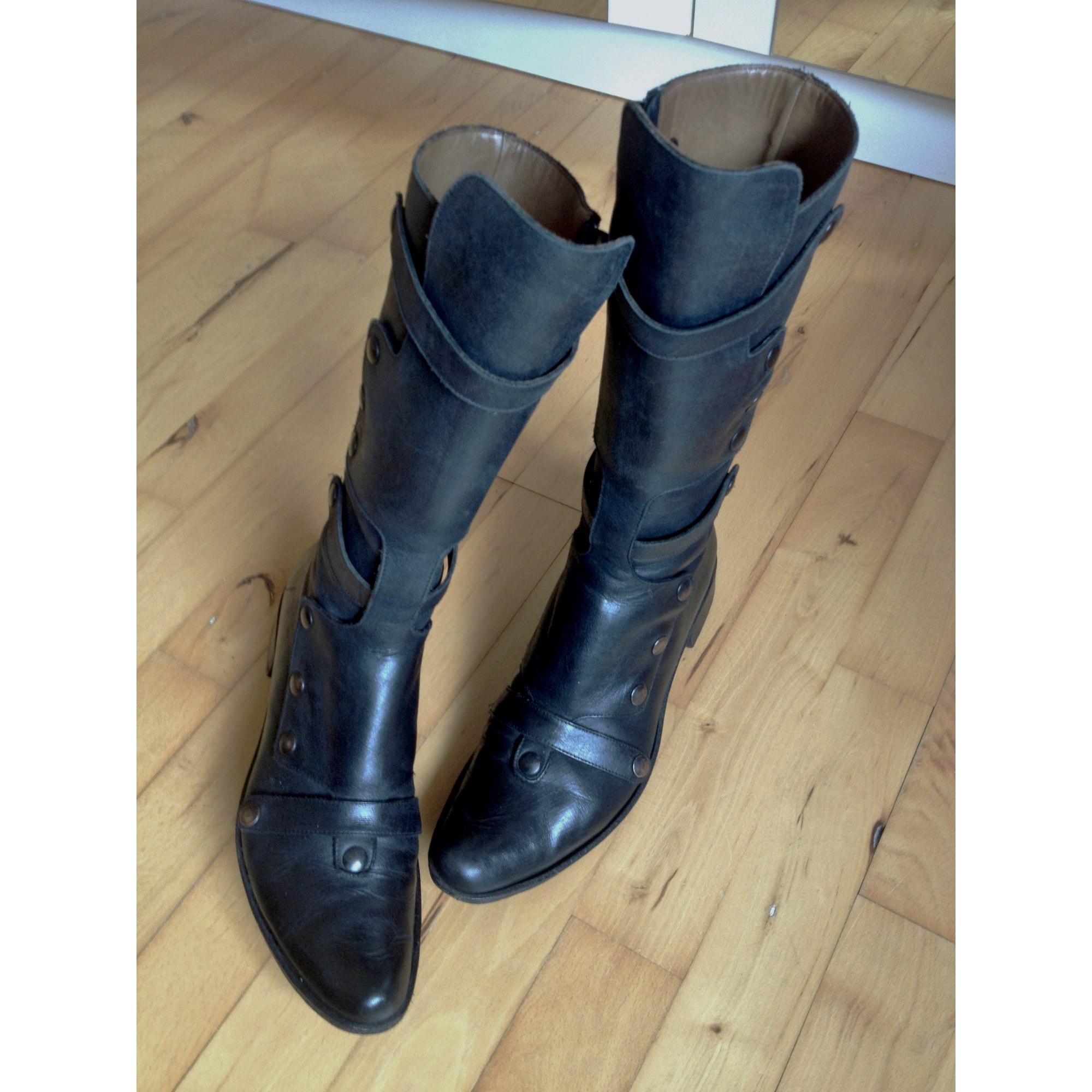089f1ae9b5a84a Flat Boots VERO CUOIO Black