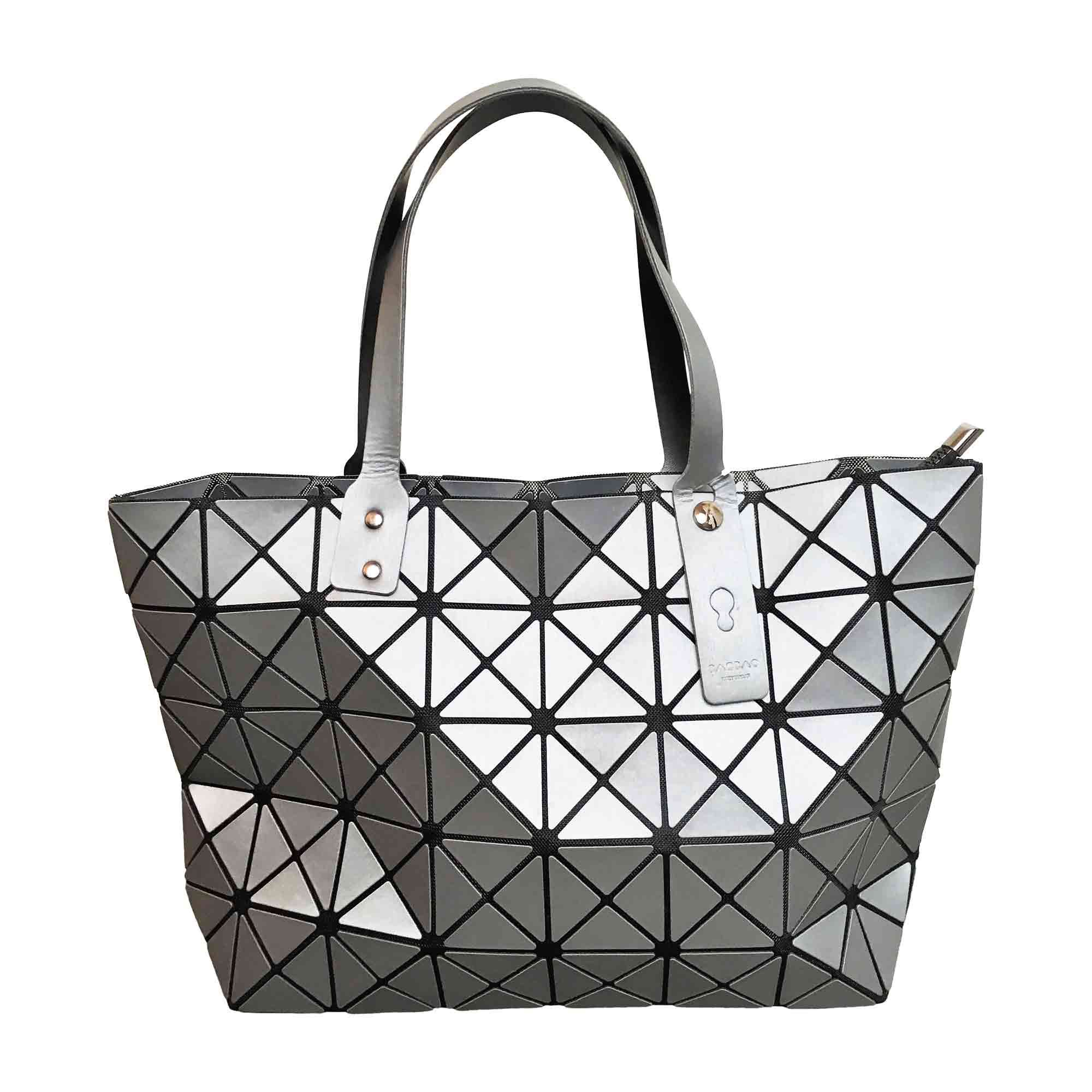 Leather Shoulder Bag ISSEY MIYAKE Silver