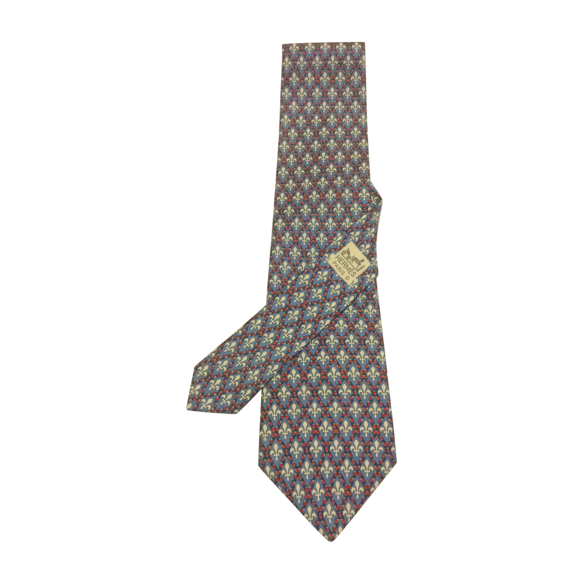 15e5b7a049f Cravate HERMÈS bleu vendu par Sheis94 - 7134051