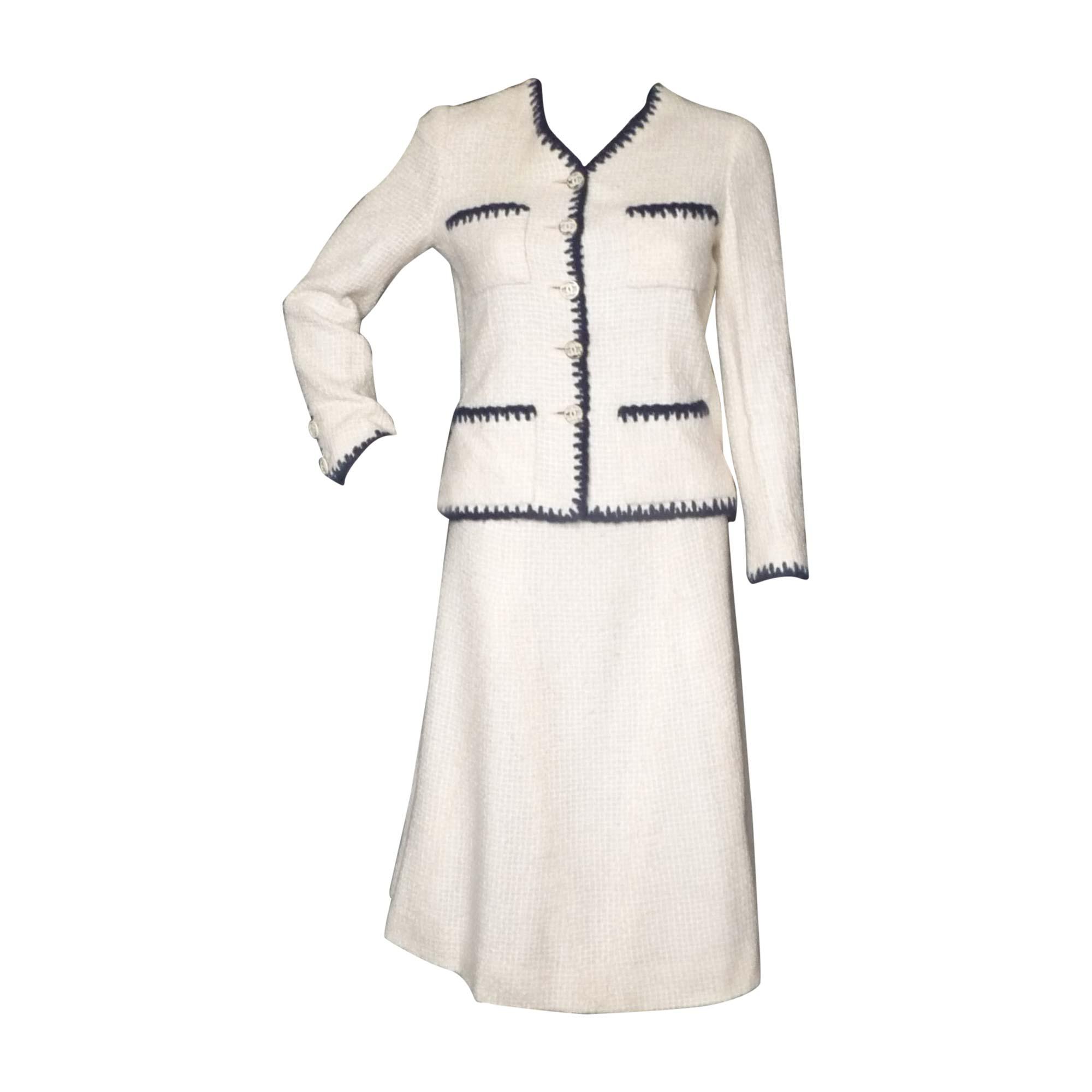 Tailleur jupe CHANEL 36 (S, T1) blanc - 7154486 aff0f5f8c4b