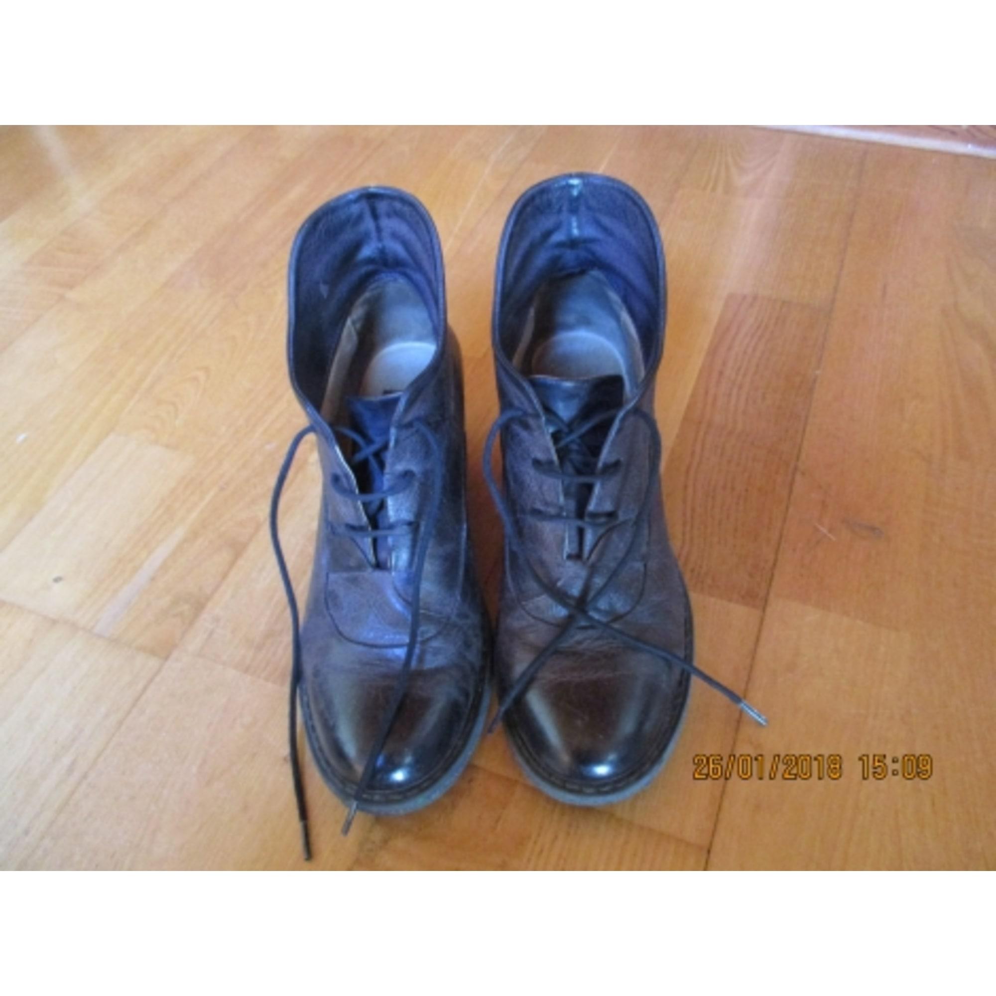 ventes spéciales pas cher styles divers Chaussures à lacets