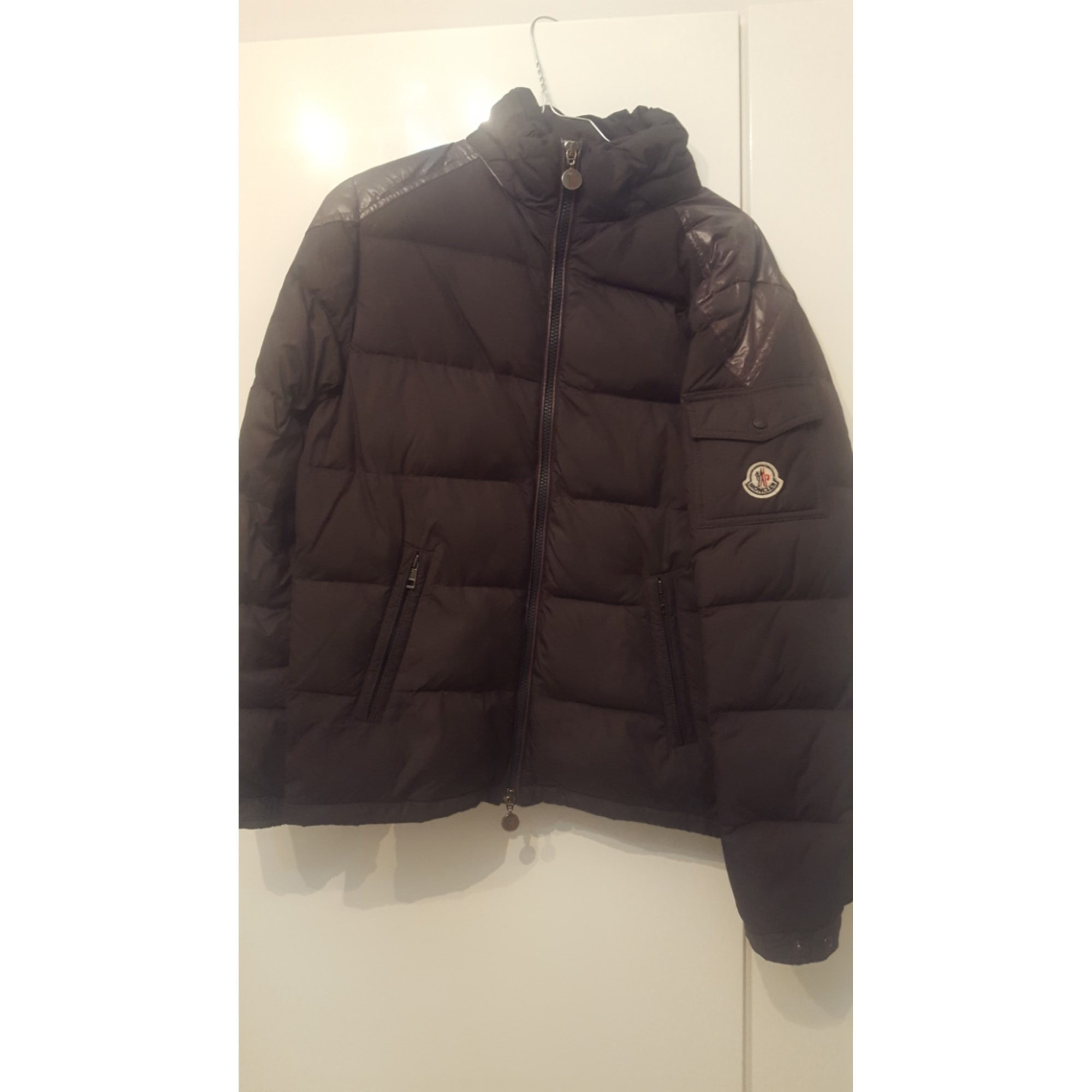Doudoune MONCLER 13-14 ans noir vendu par Le videdressing de luxe ... 6e29126040d