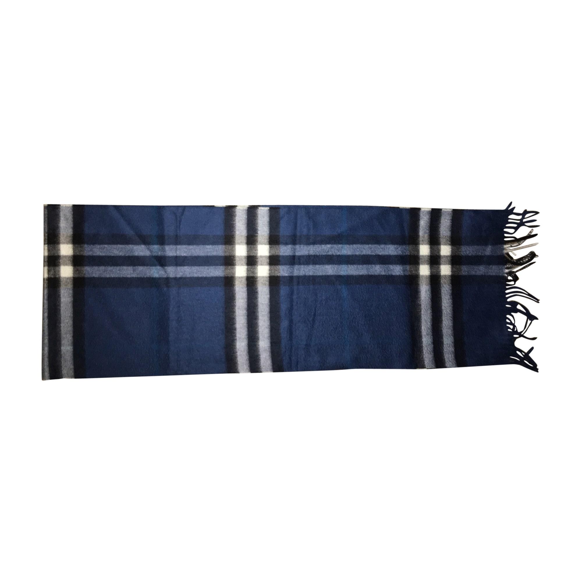 Echarpe BURBERRY bleu vendu par Priska 13 - 7470535 d766713b2b7