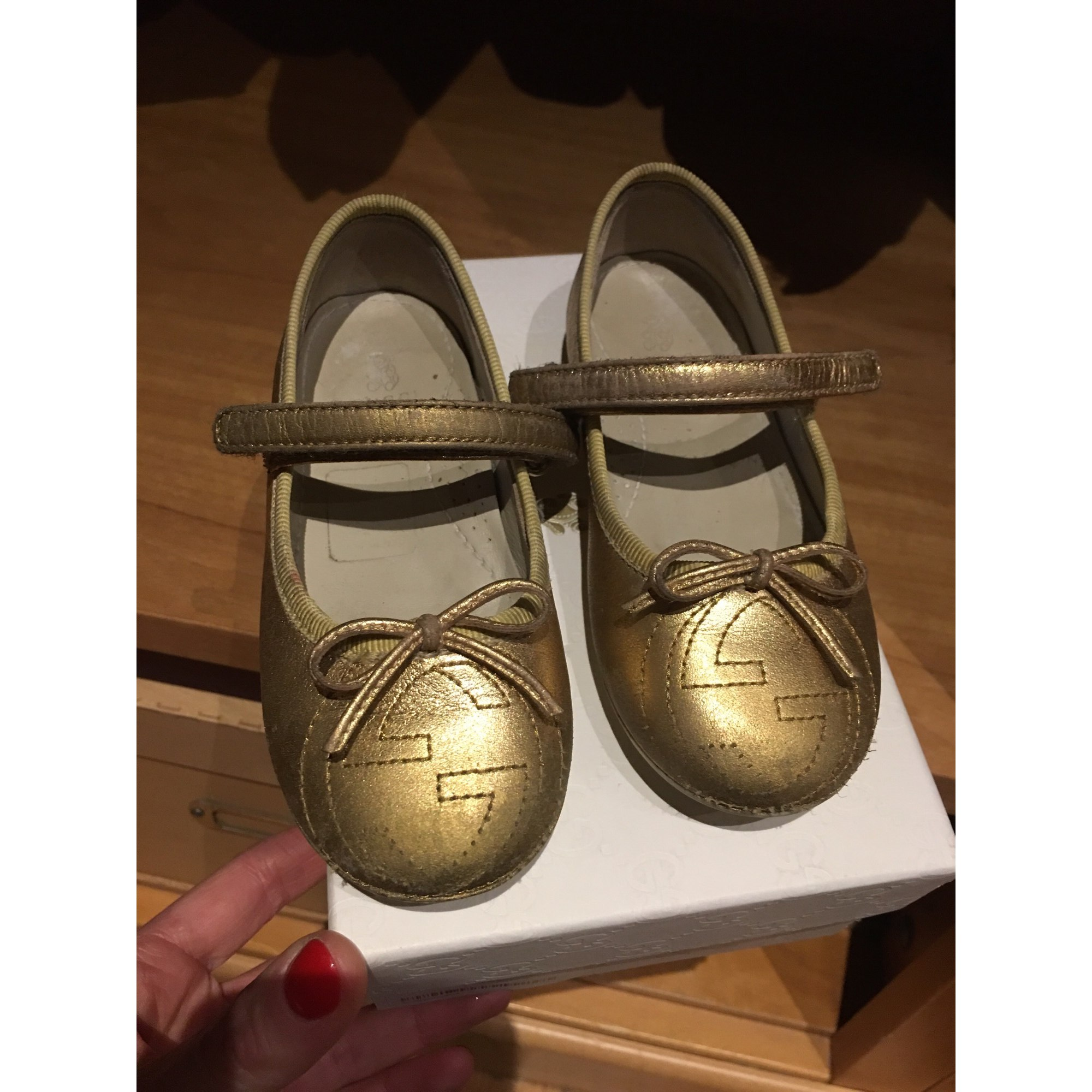 Ballet Flats GUCCI Golden, bronze, copper