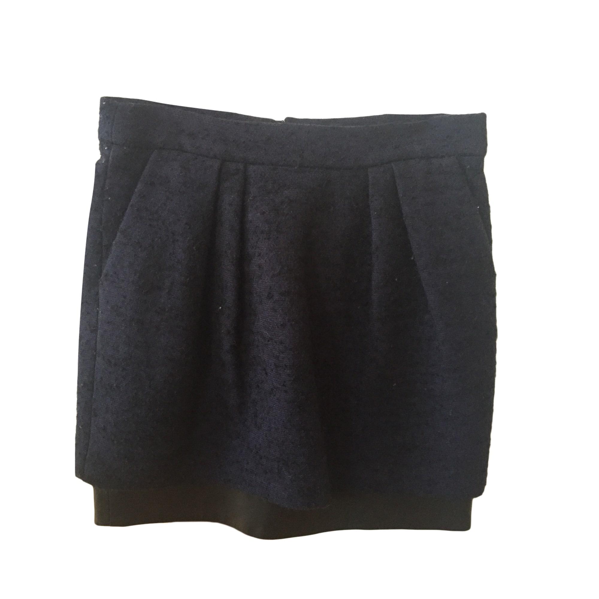 jupe noir maje courte