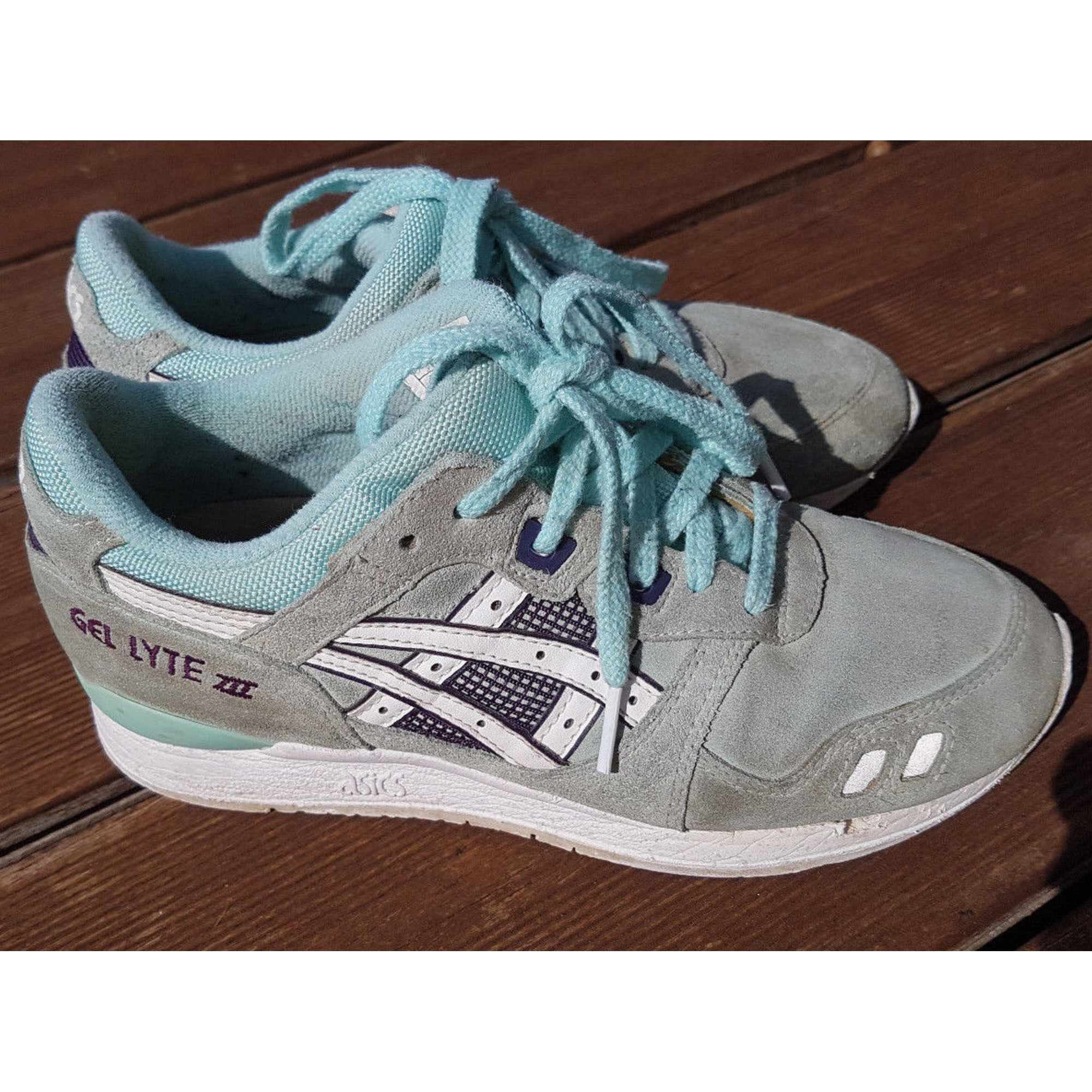 baskets asics bleu
