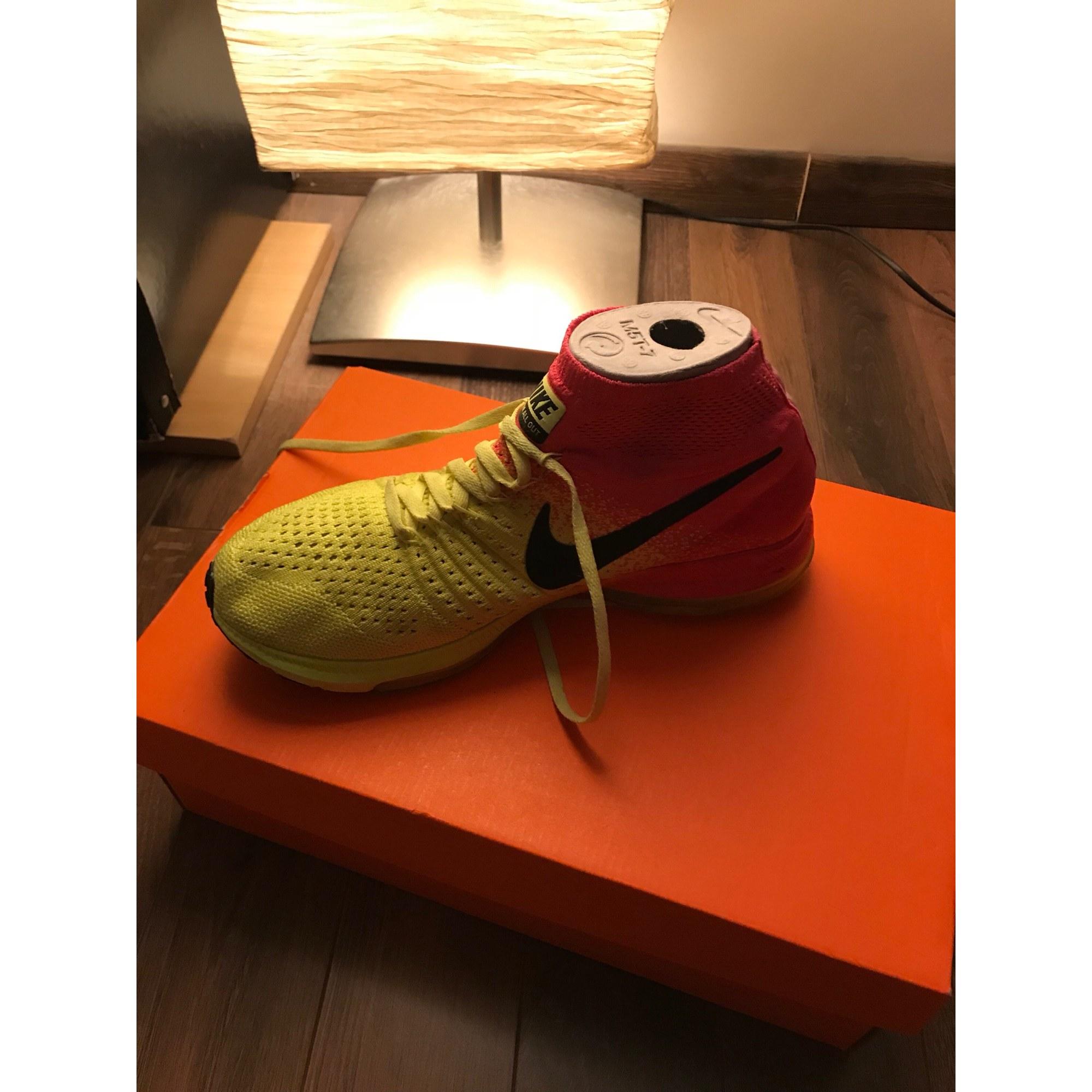 6496df9d00efe Baskets NIKE 39 rose et jaune fluo - 7692629