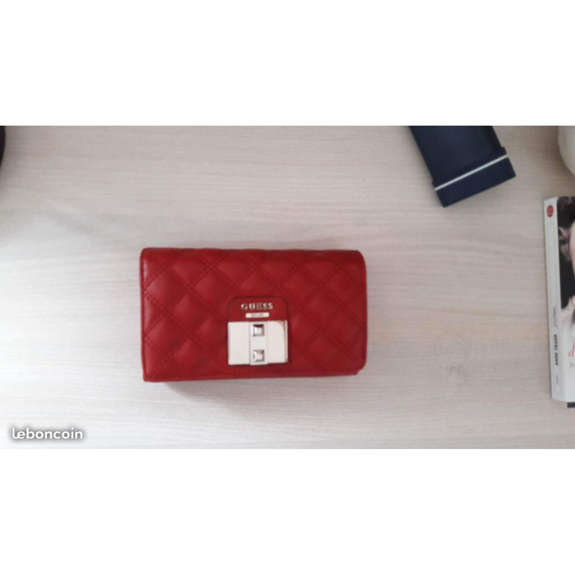 Portefeuille Guess Rouge 7724760