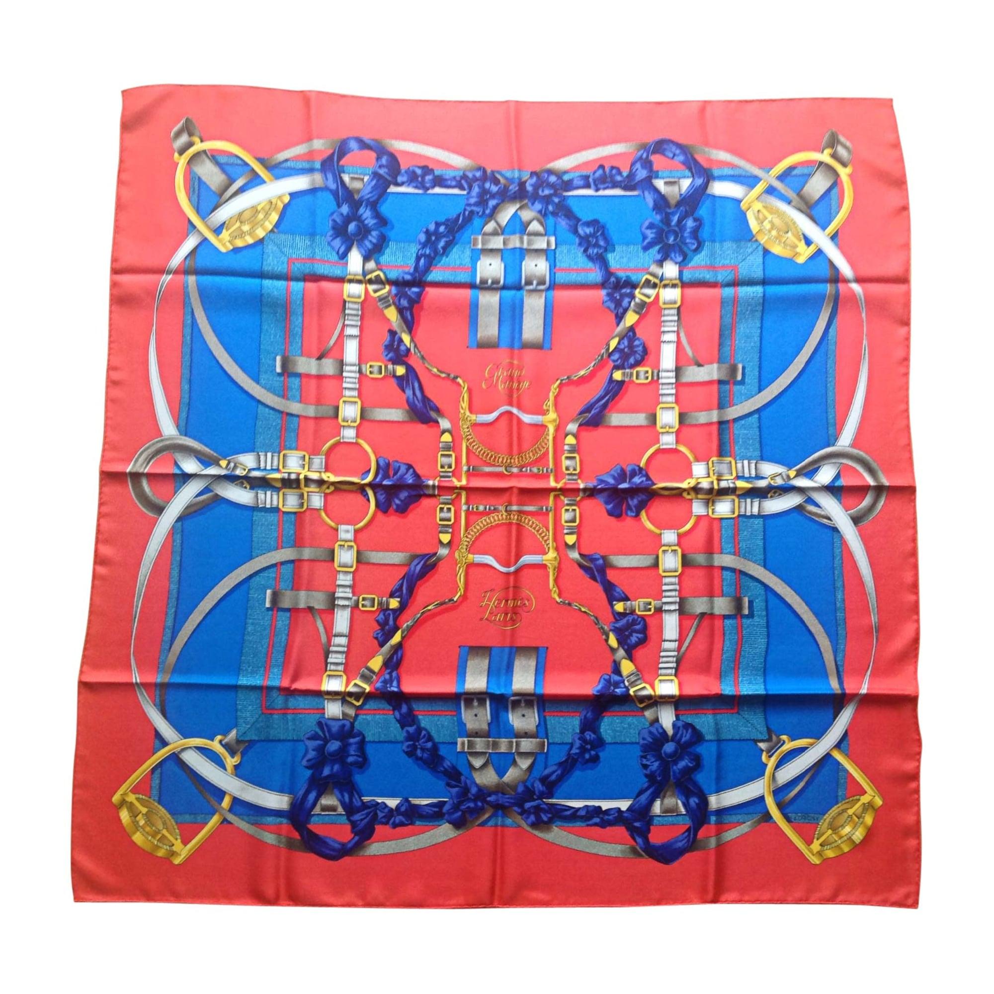 Foulard HERMÈS carr rouge et bleu etc.... vendu par Dimseize214 ... 7b7debe53e8