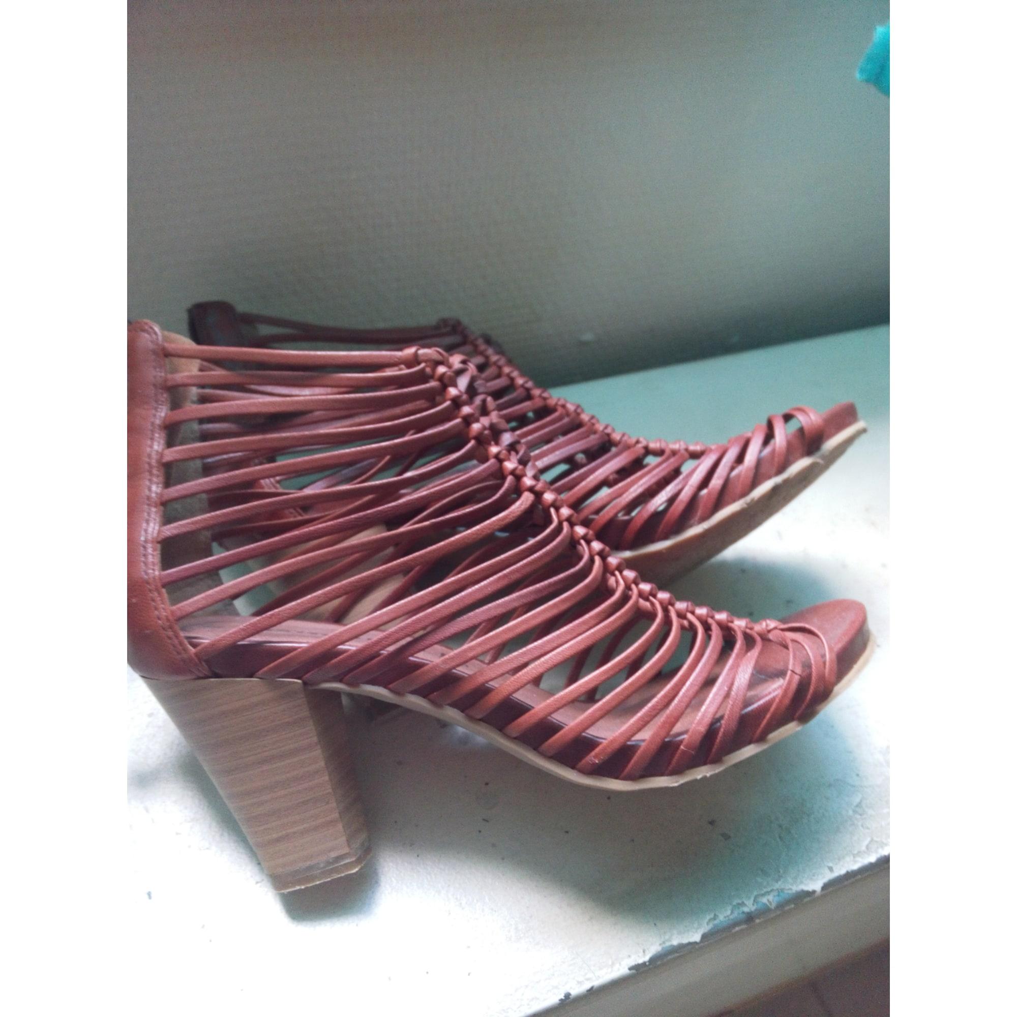Sandales à talons TAMARIS Marron