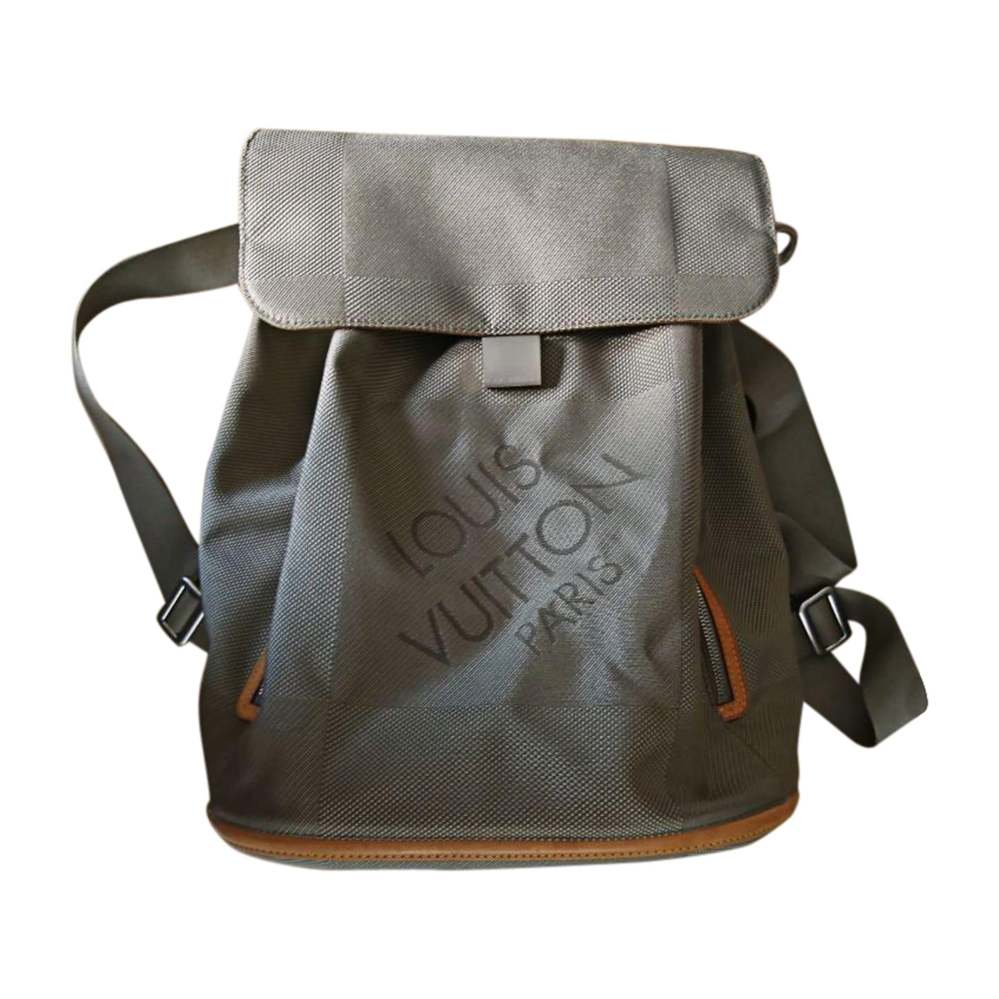 3dded165299 Rucksack LOUIS VUITTON grau vendu par Mino26 - 7810655