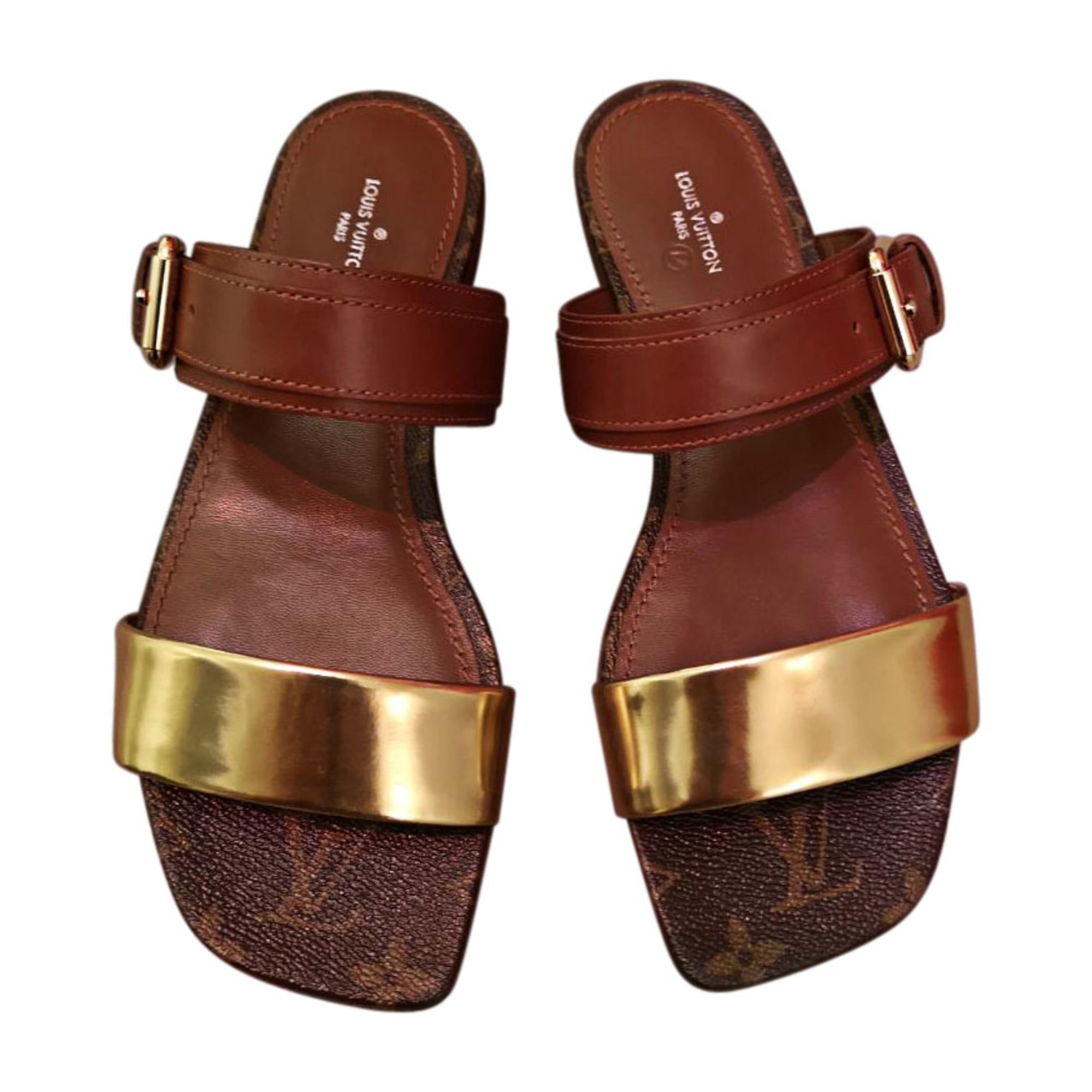 838743bdee3ddf ... Flat Sandals LOUIS VUITTON monogram et cognac half off b590e 85222 ...