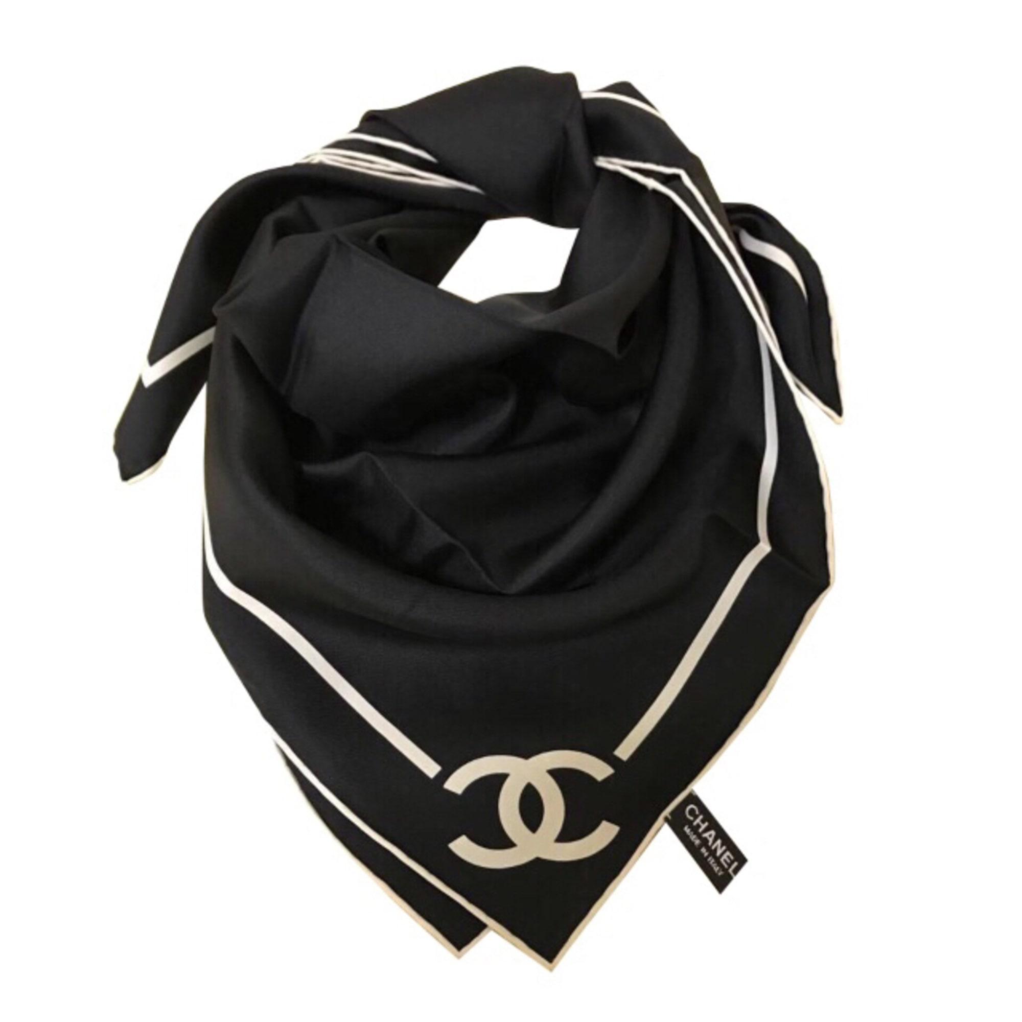 Foulard CHANEL noir vendu par Nastykirl82763 - 7837262 39c4476e758