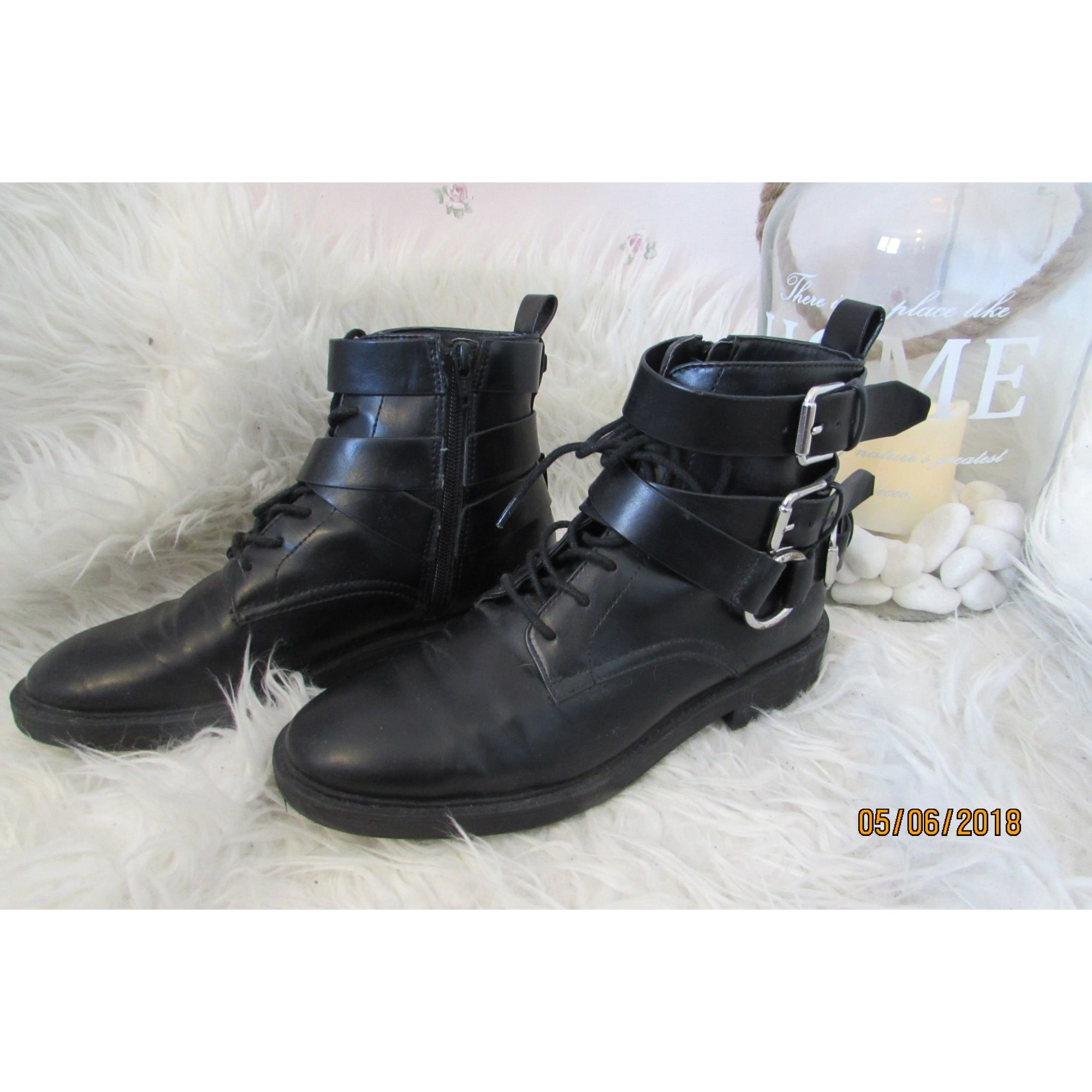 Boots Motards Noir Bottinesamp; 7909768 38 Low Stradivarius 8Ony0vmNw