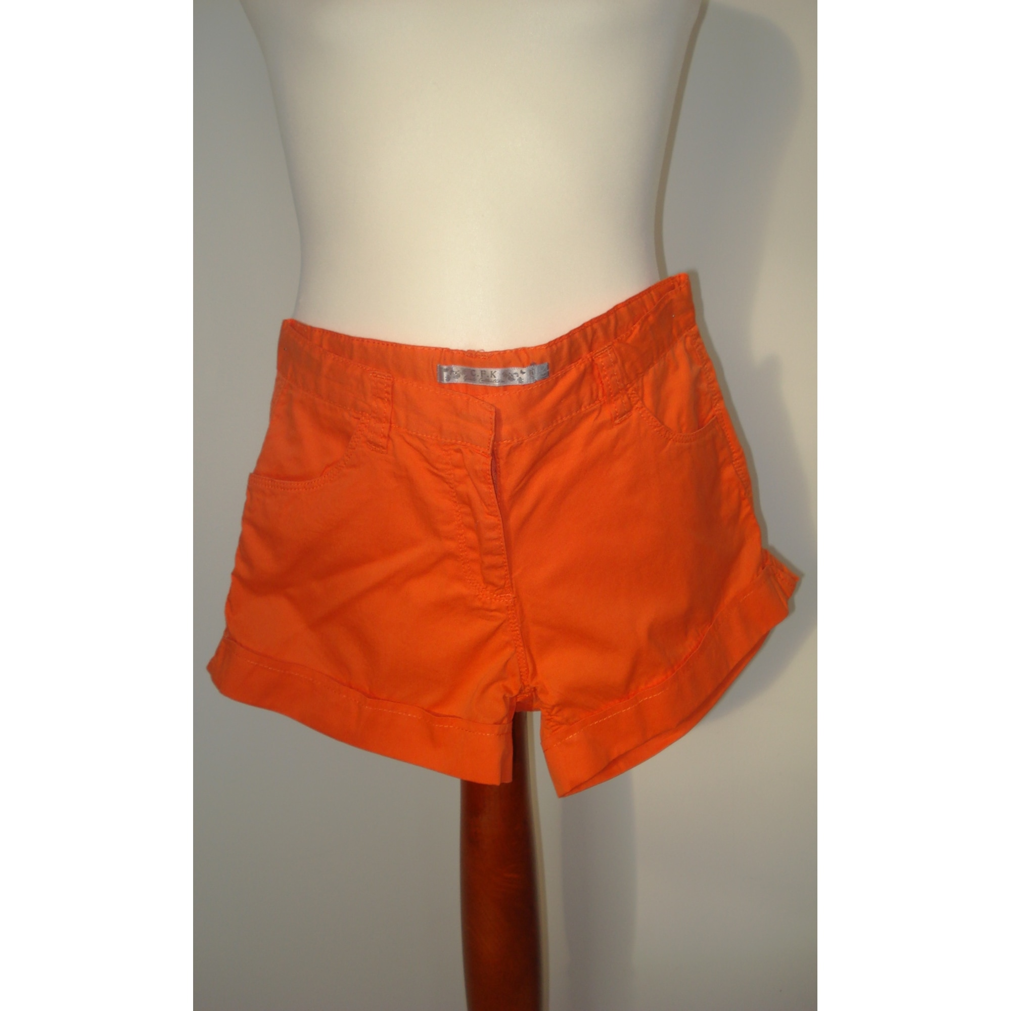 Short CFK Orange