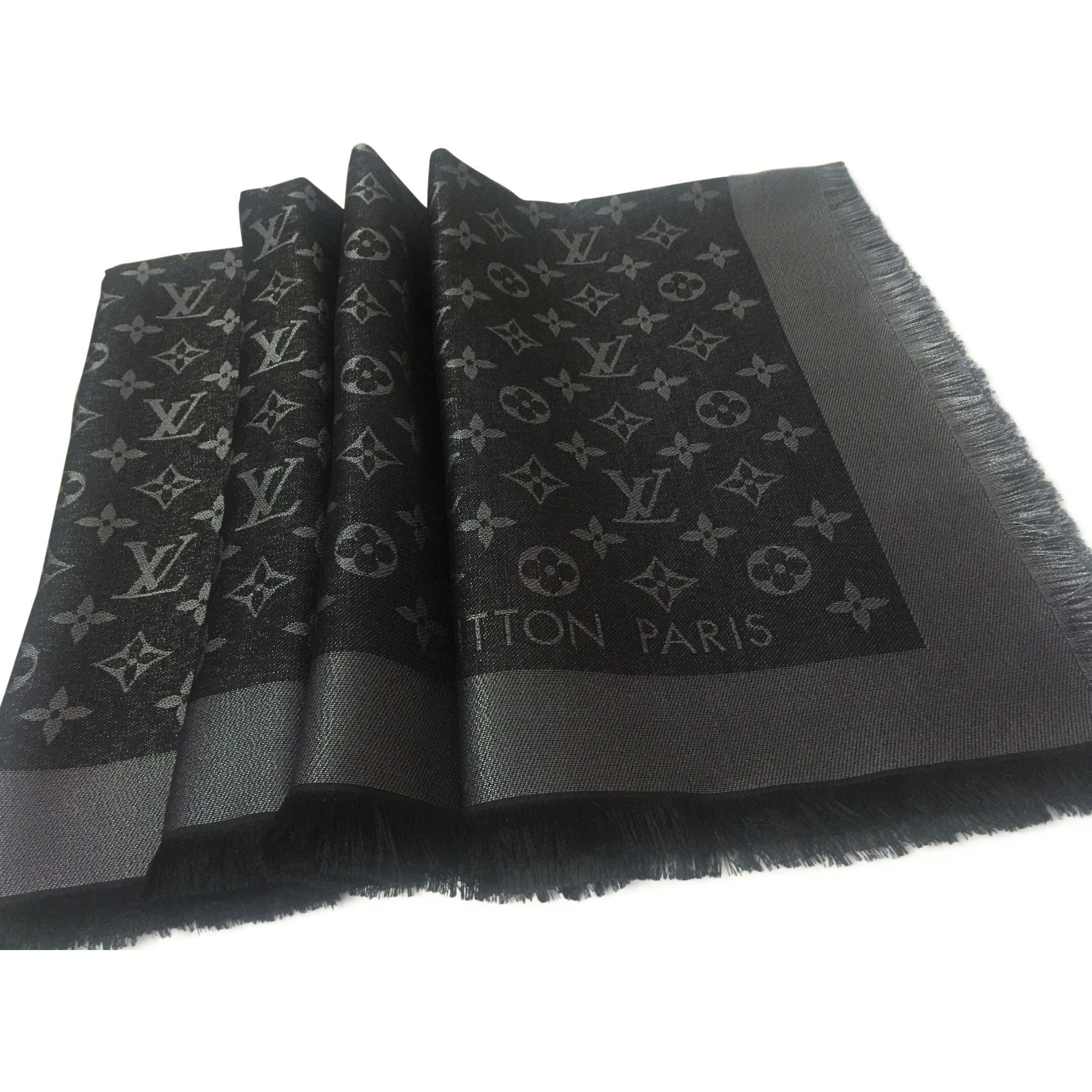 Foulard LOUIS VUITTON noir vendu par Sophie27 - 8078282 3c6bbbb0028