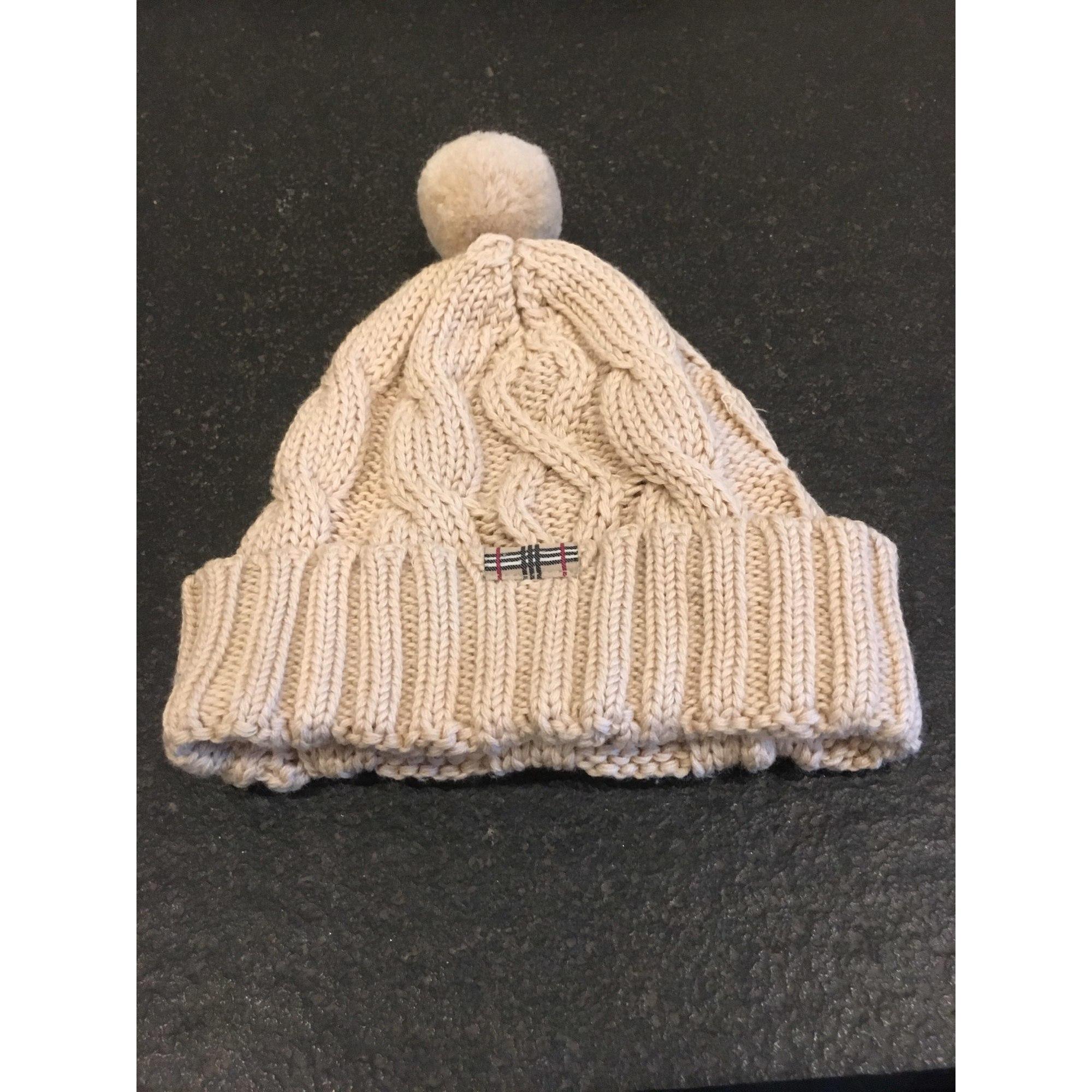 Bonnet BURBERRY 13-14 ans beige vendu par La boutique de drole 2 ... 8eabc3c400a