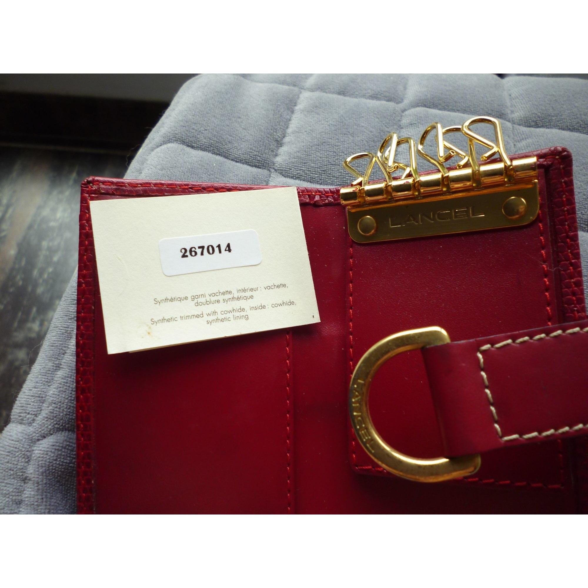 Porte-clés LANCEL rouge vendu par Le boudoir d elyana - 8196798 cf8daea05d4