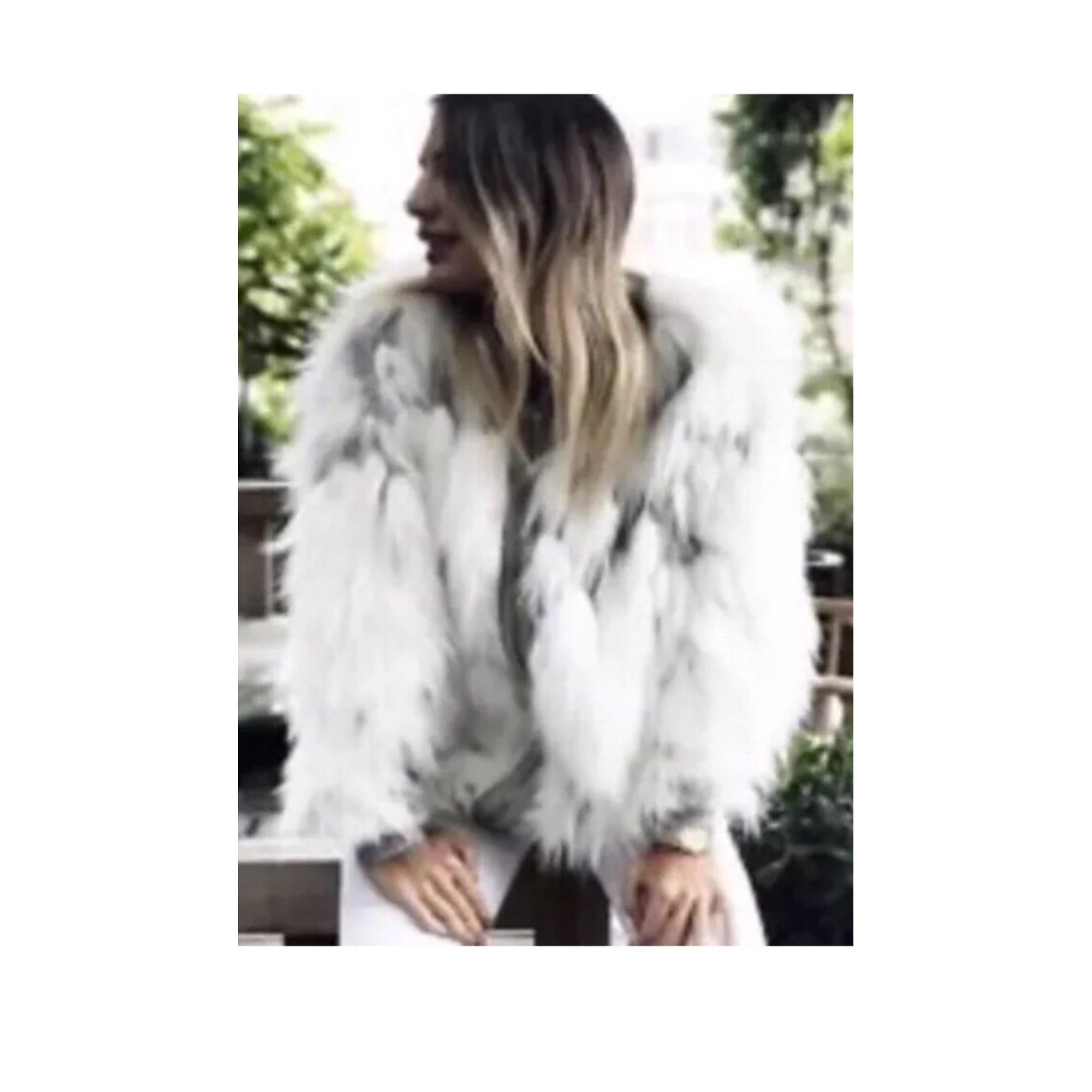 Recherche veste blanche courte