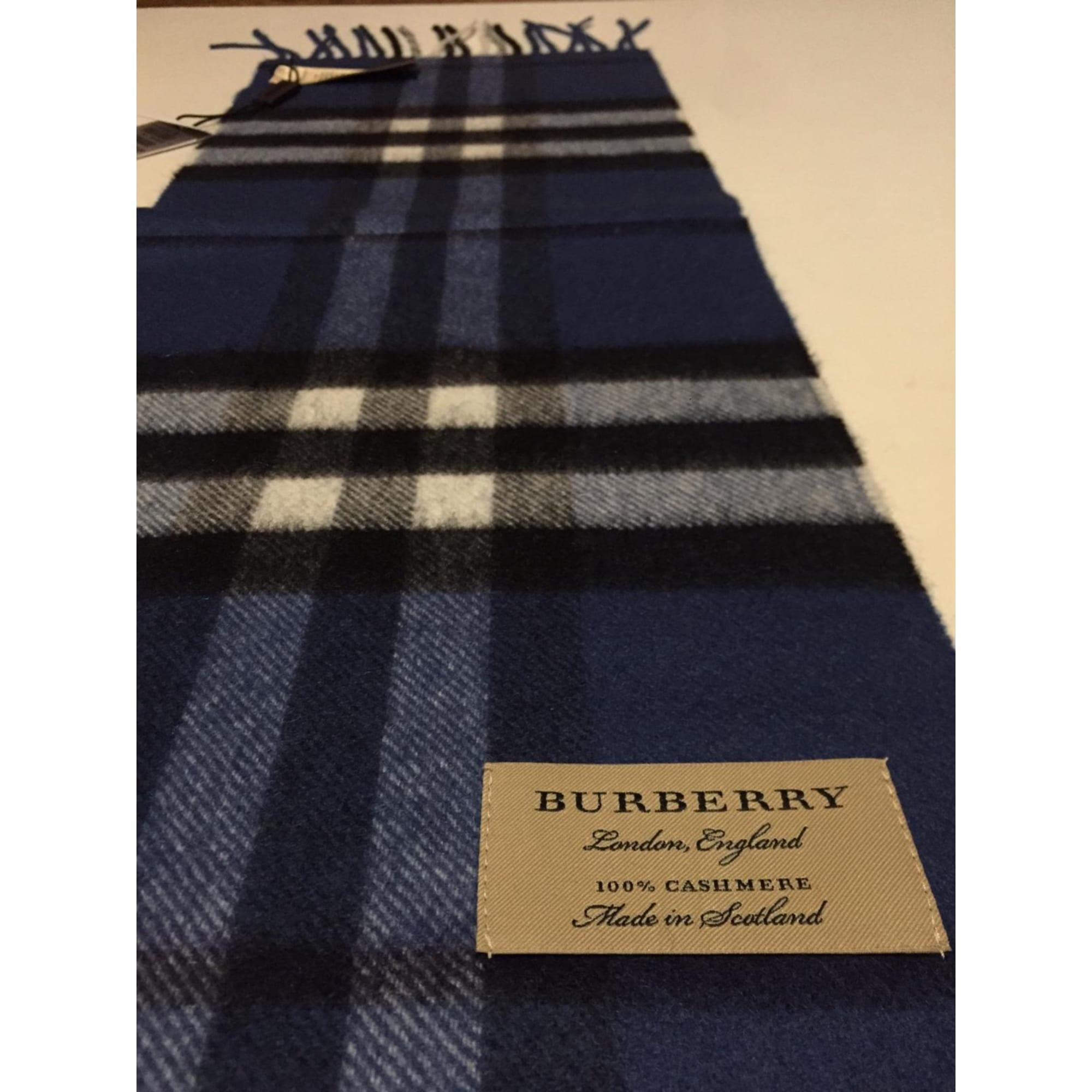 Echarpe BURBERRY bleu vendu par Michel 4283 - 8269230 e1b3d8f4132