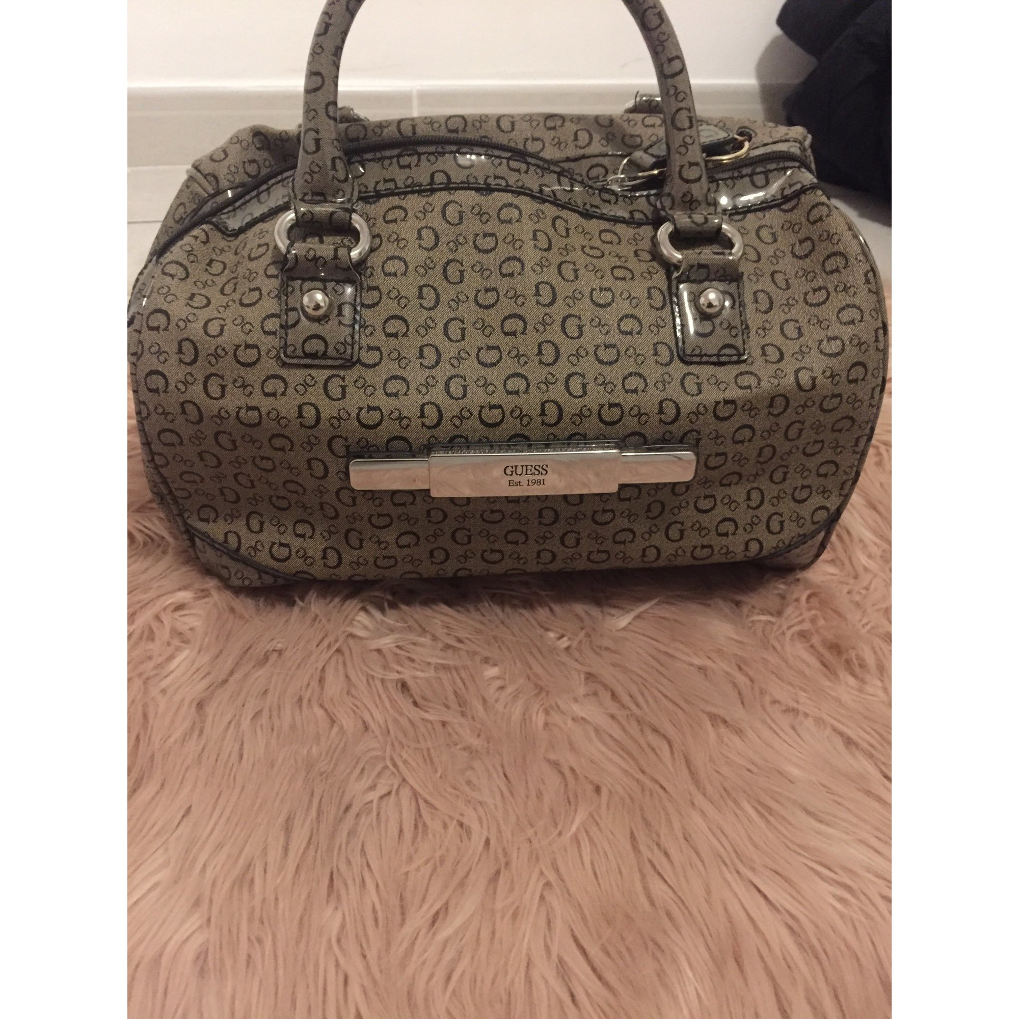 6f048c98ed Sac à main en cuir GUESS marron - 8269847