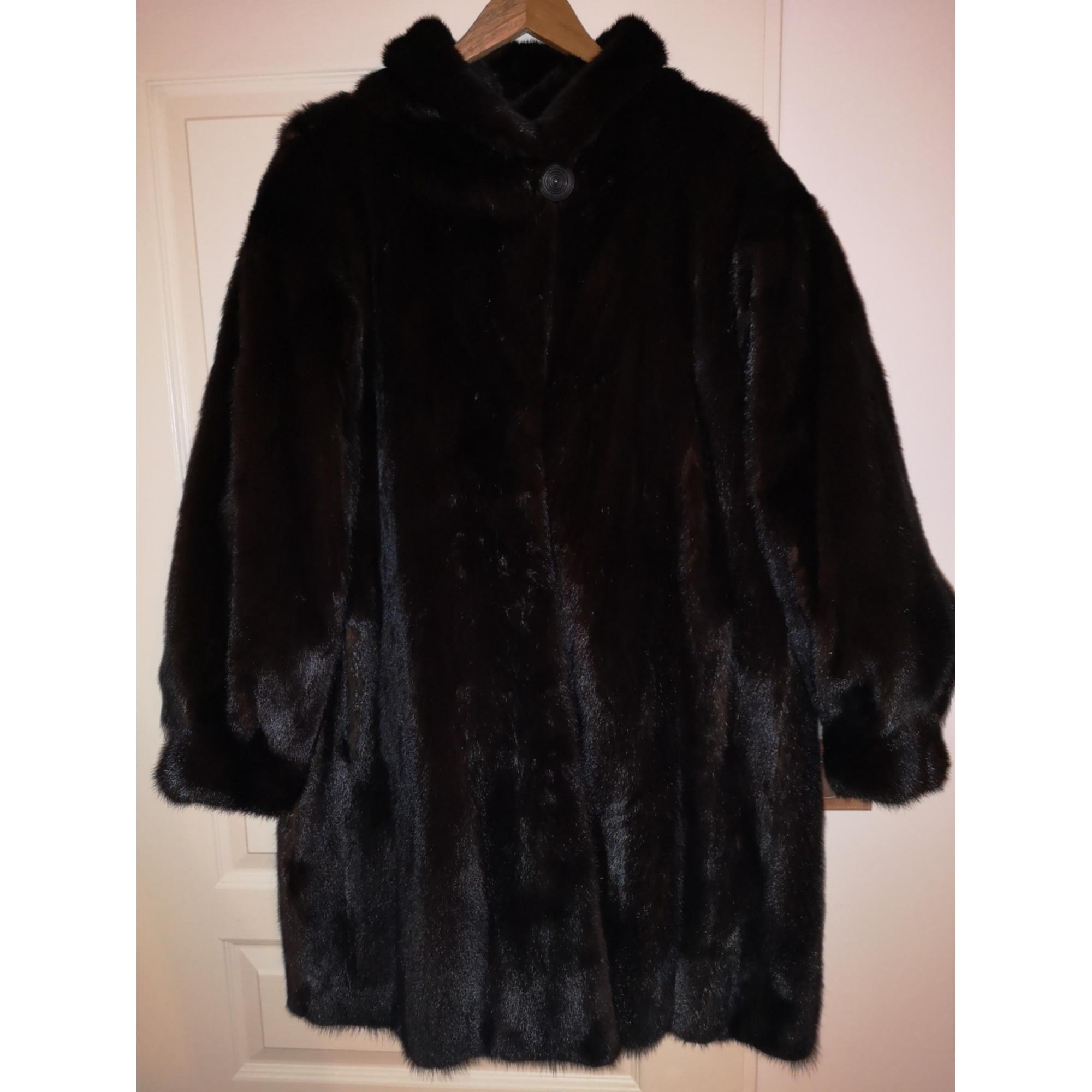 Fur Coat YVES SAINT LAURENT Brown