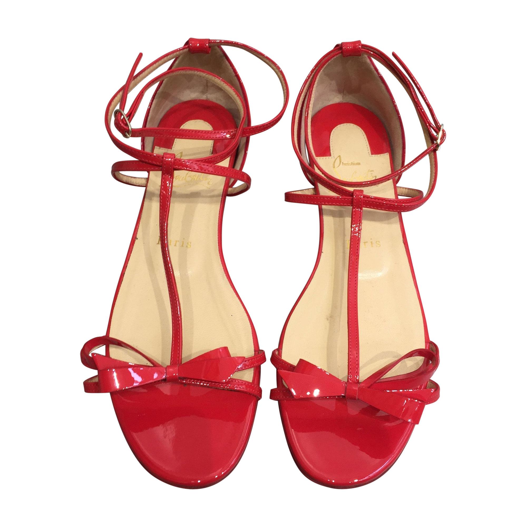 Sandales plates  CHRISTIAN LOUBOUTIN Rouge, bordeaux