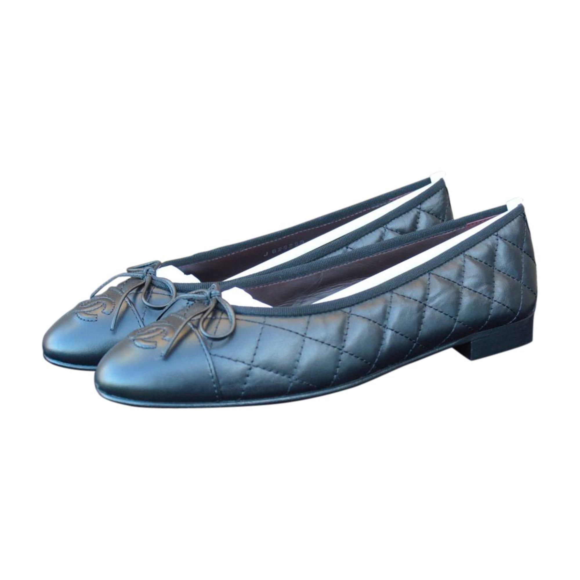 Ballet Flats CHANEL Espadrille Black