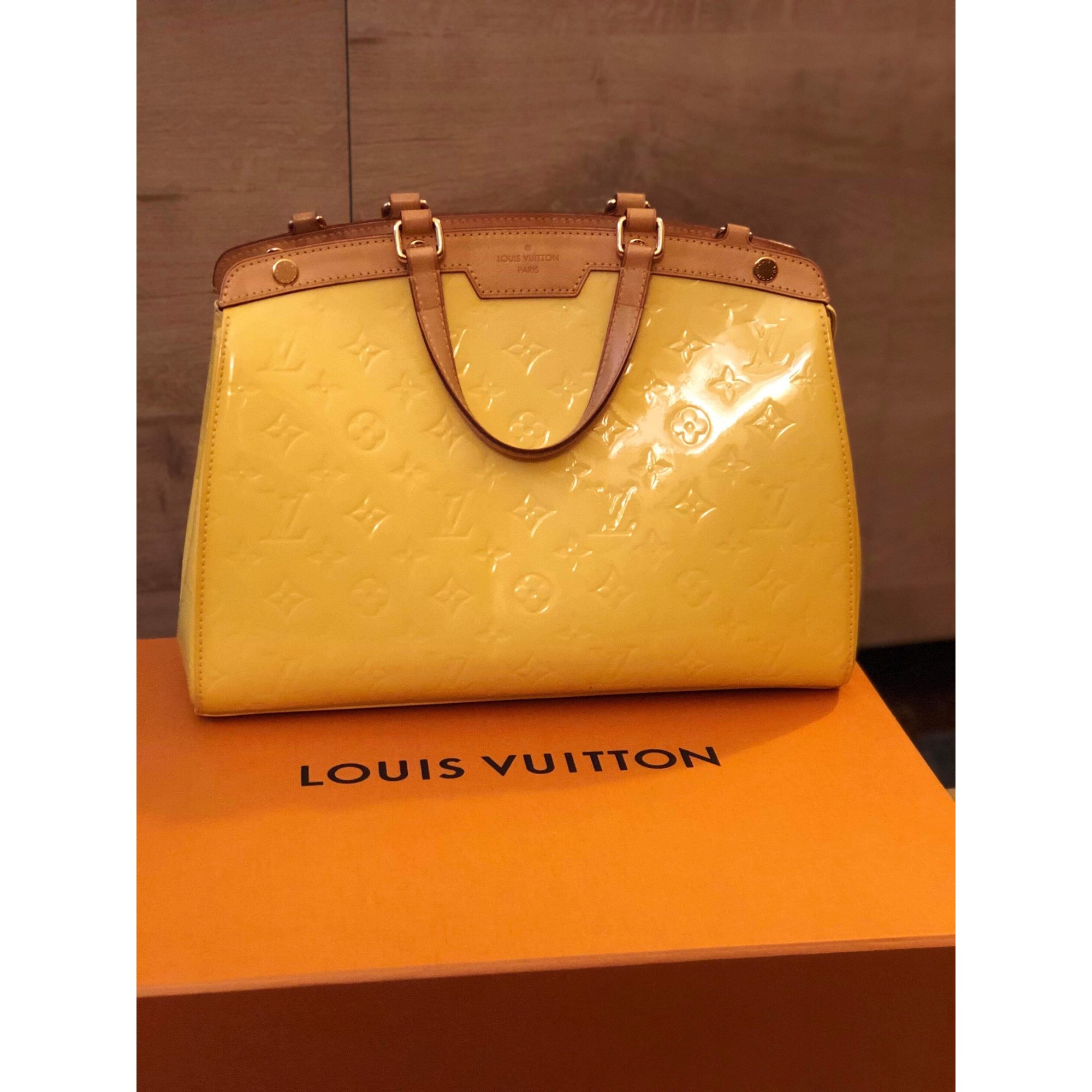 Sac en bandoulière en cuir LOUIS VUITTON jaune - 8598515 c401dc23bbc
