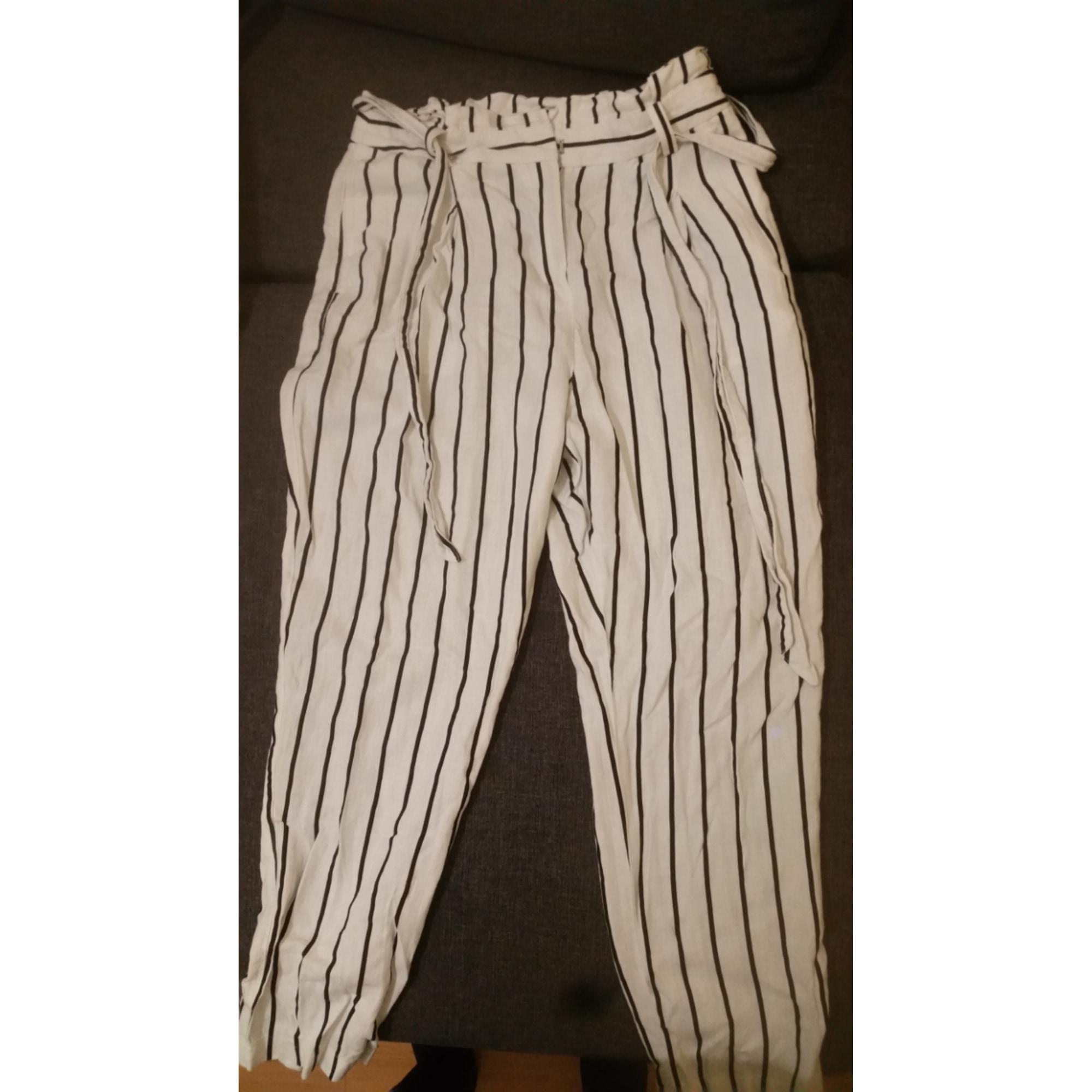 Pantalon carotte ASOS Blanc, blanc cassé, écru
