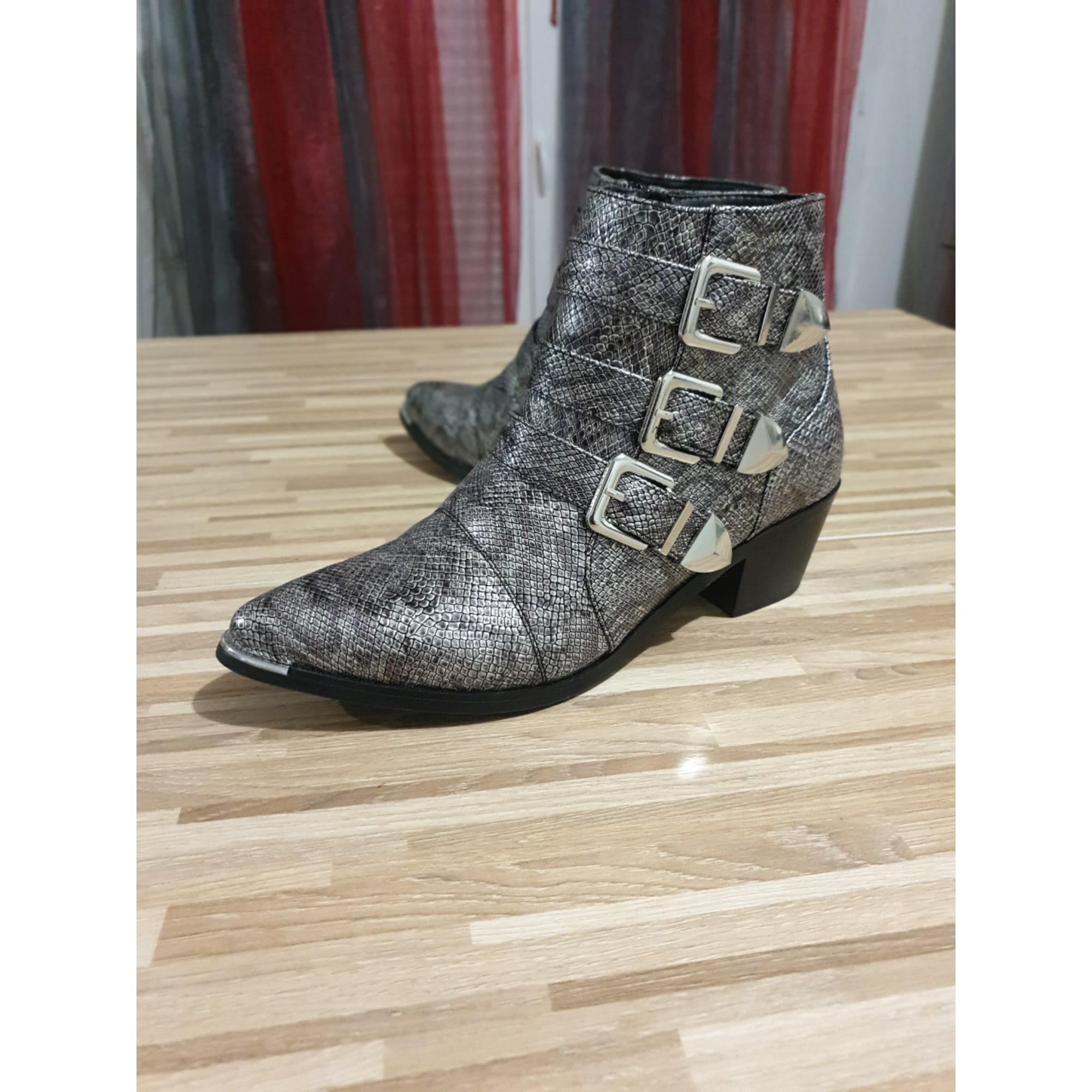 Bottines & low boots plates ASOS Argenté, acier