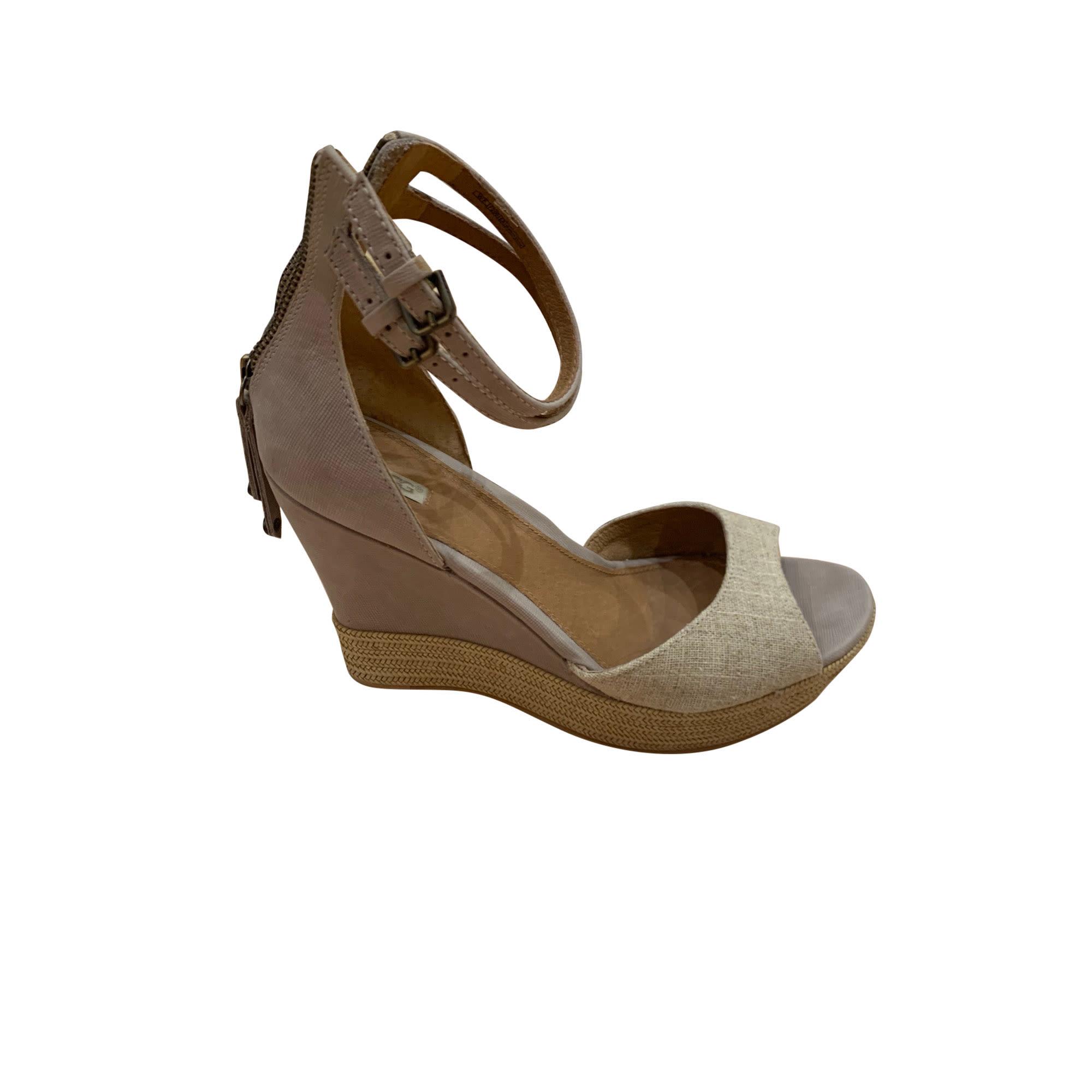 Sandales compensées UGG Beige, camel