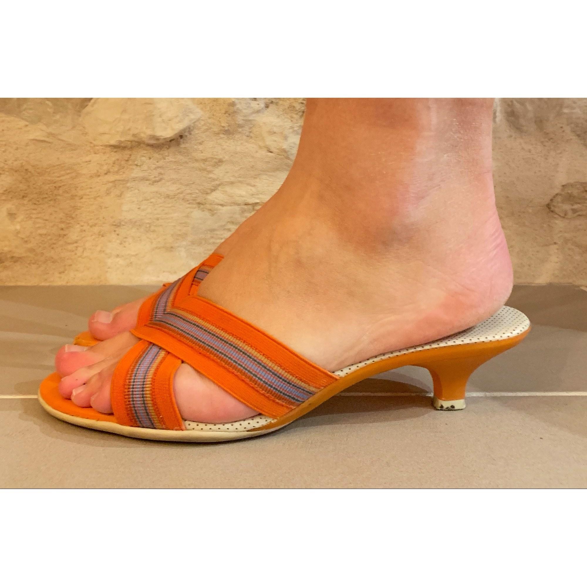 Escarpins à bouts ouverts UNISA Orange