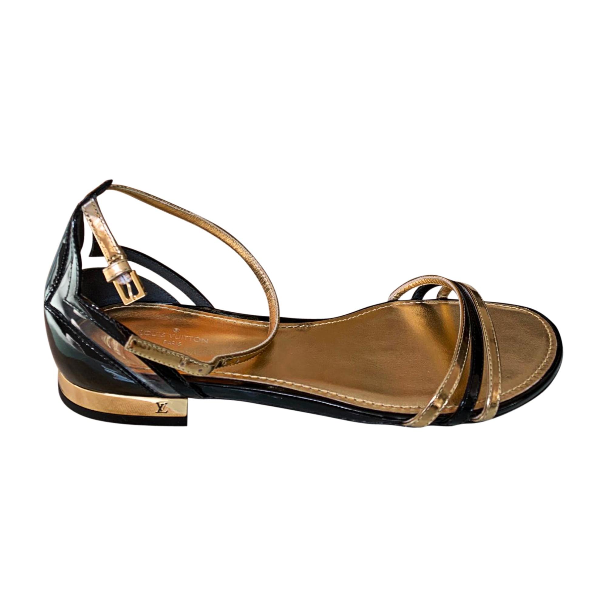 Sandales plates  LOUIS VUITTON Doré, bronze, cuivre