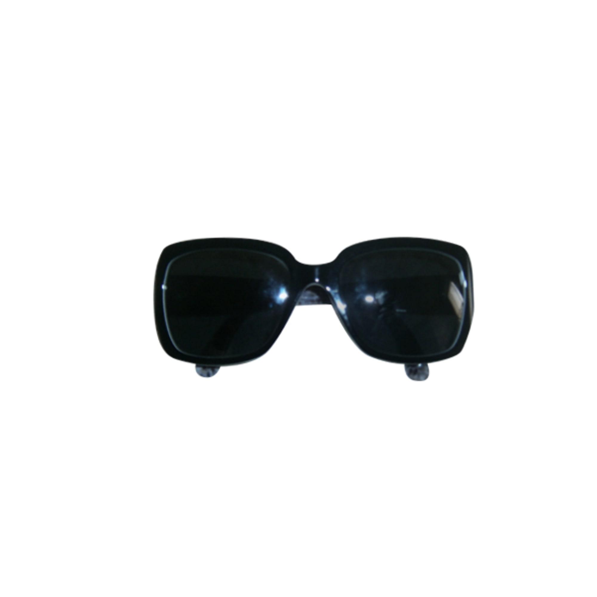 452640b2dd1 Lunettes de soleil CHANEL noir vendu par Agnietta - 904912