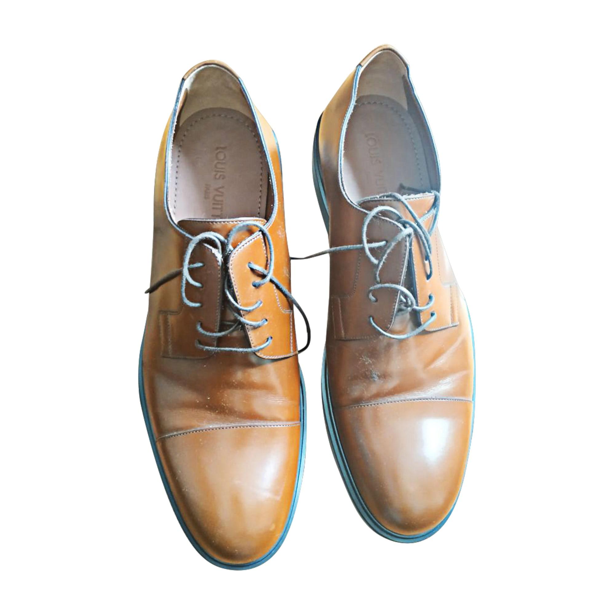 Chaussures à lacets LOUIS VUITTON marron