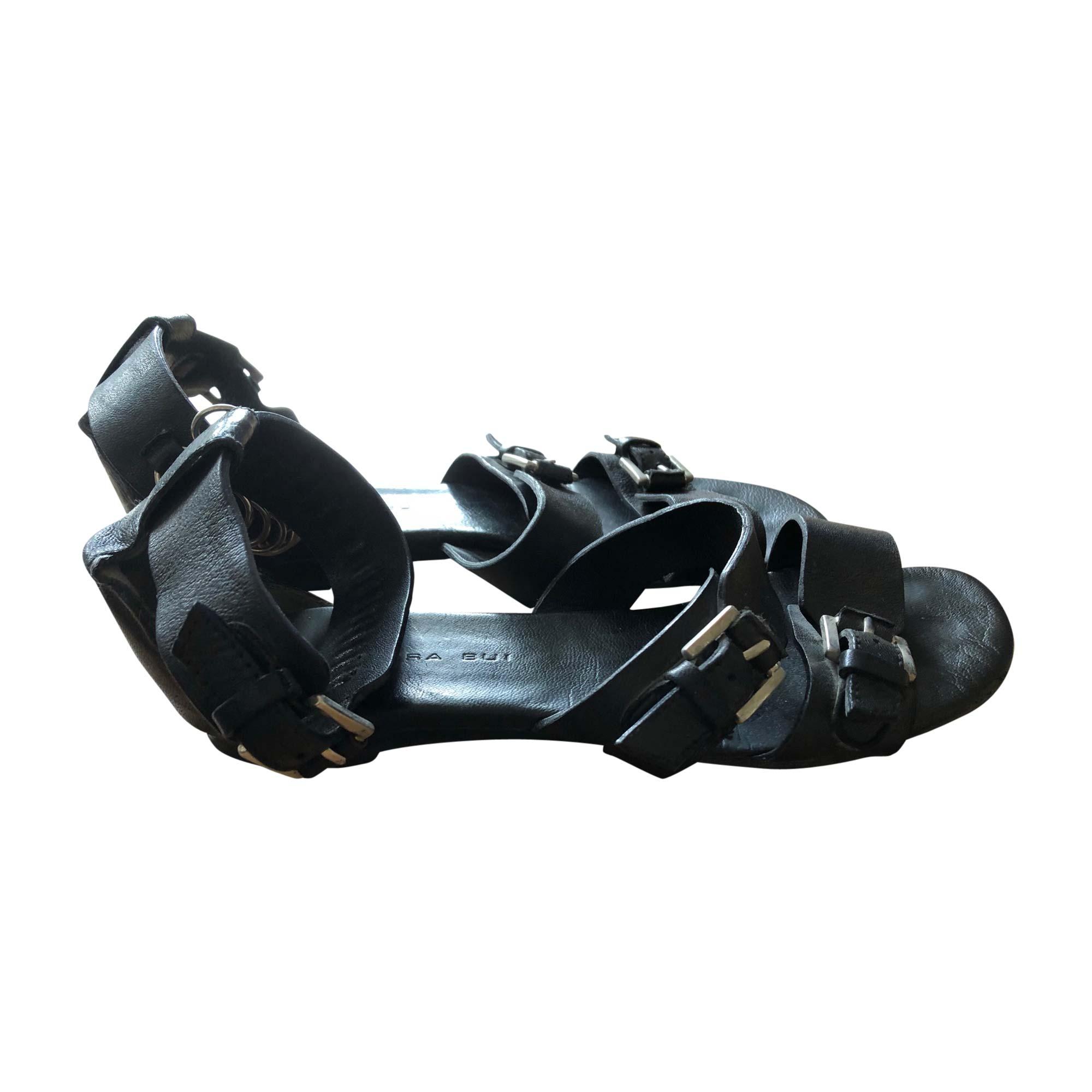 Sandales plates  BARBARA BUI Noir